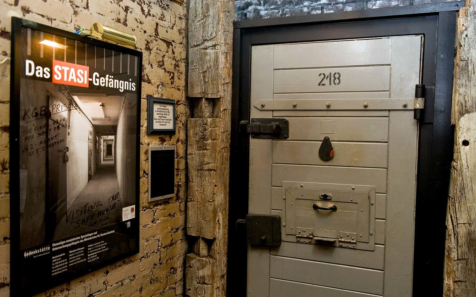 Hidden Secret Bars Around the World Safe House Milwaukee