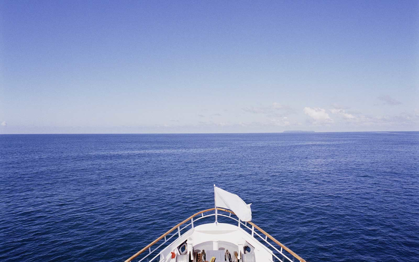 How to Book a Last-Minute Cruise
