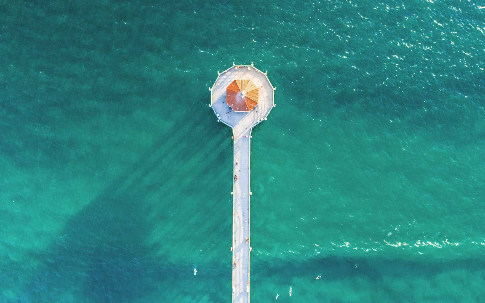 Manhattan-Beach-Pier-California-WESANDERSON1017.jpg