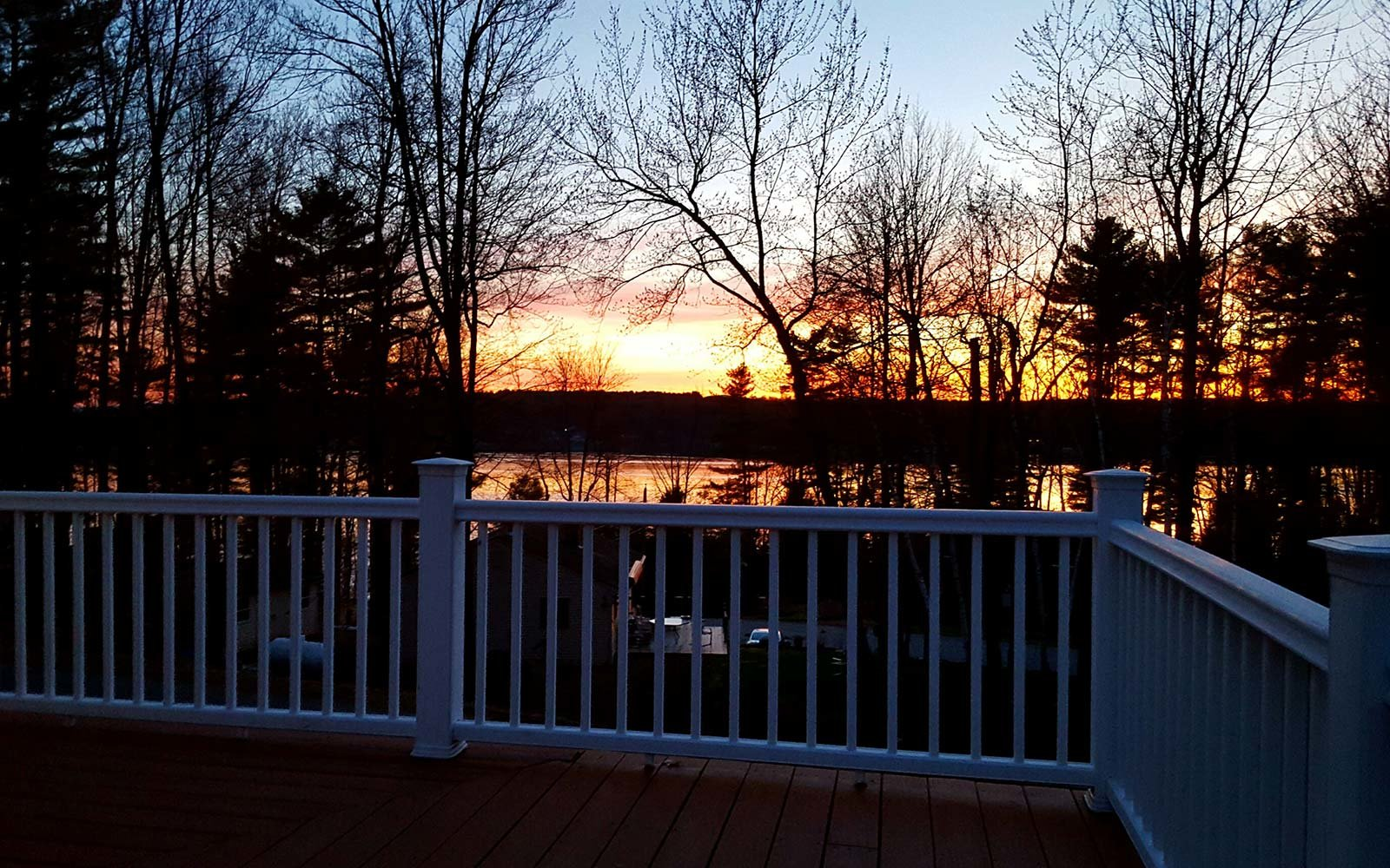 Airbnb Holiday Vacation Rental Treetop Gilford New Hampshire