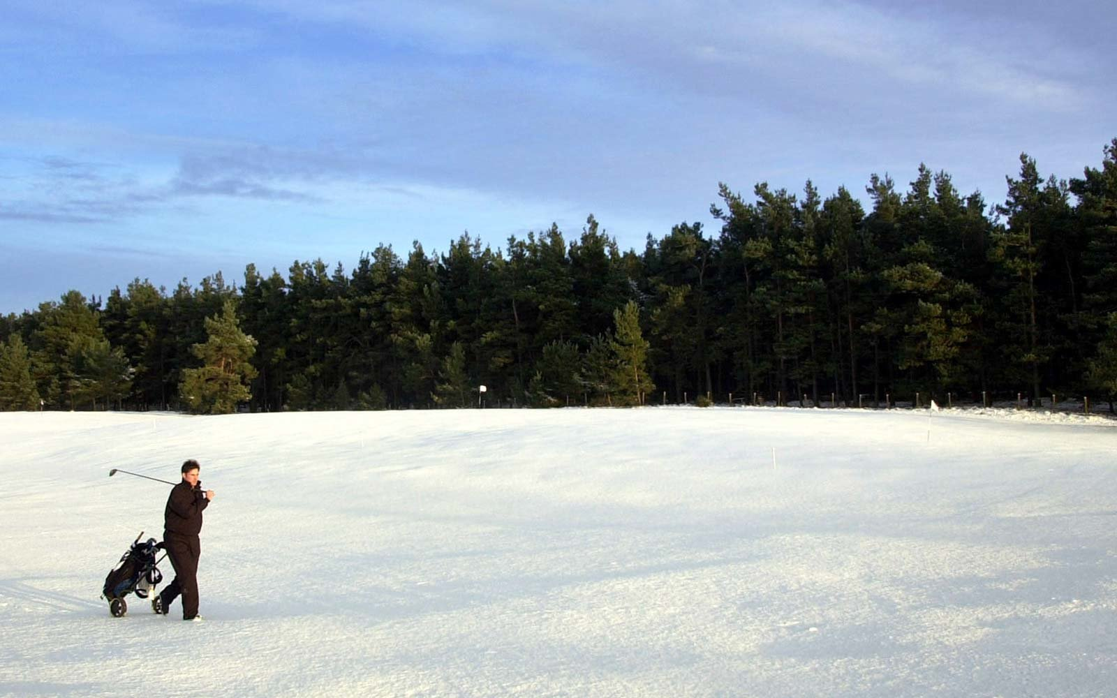 Go snow golfing in Sweden