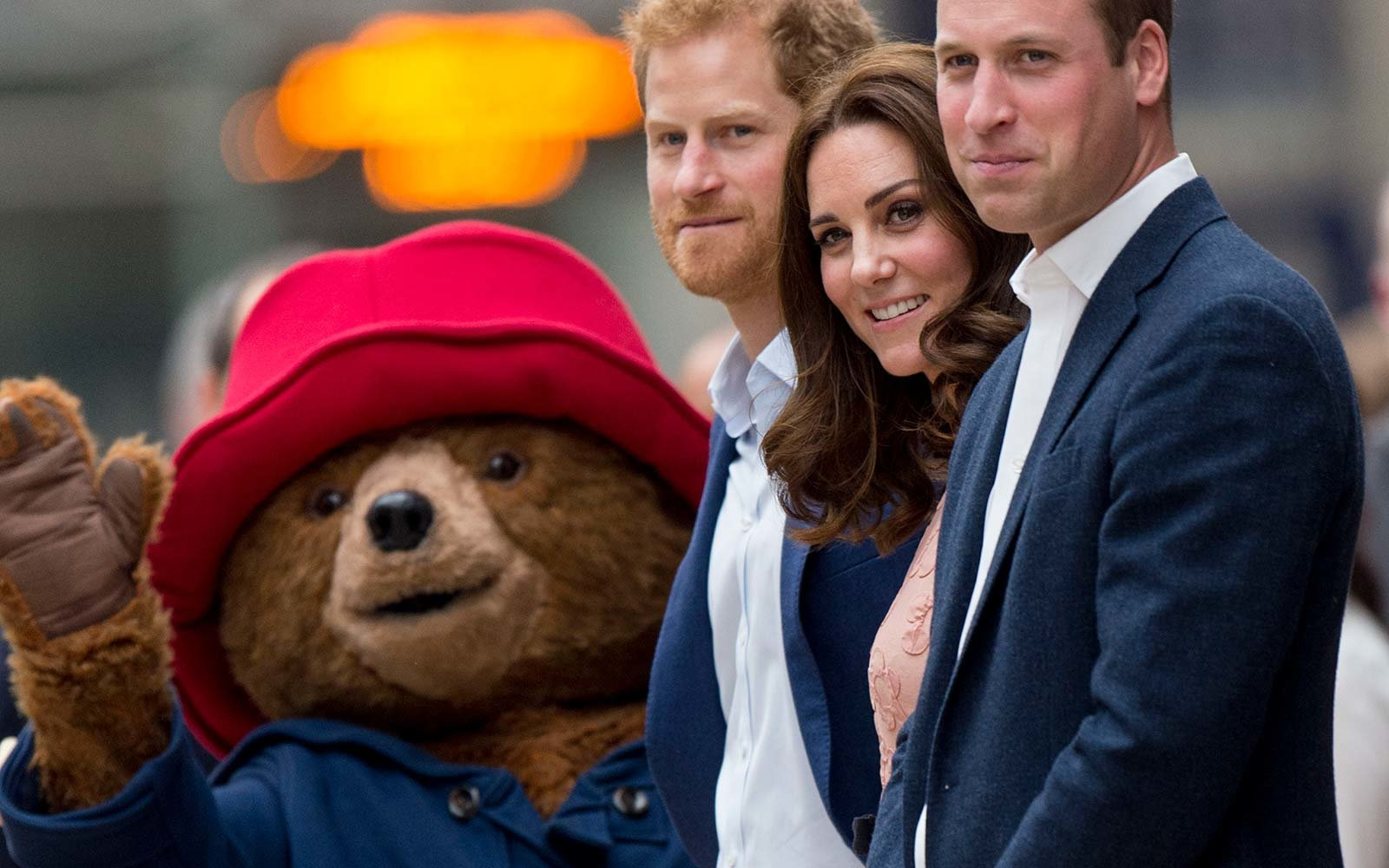 Kate Middleton Royal Haircut Paddington Bear Pancras Station London UK