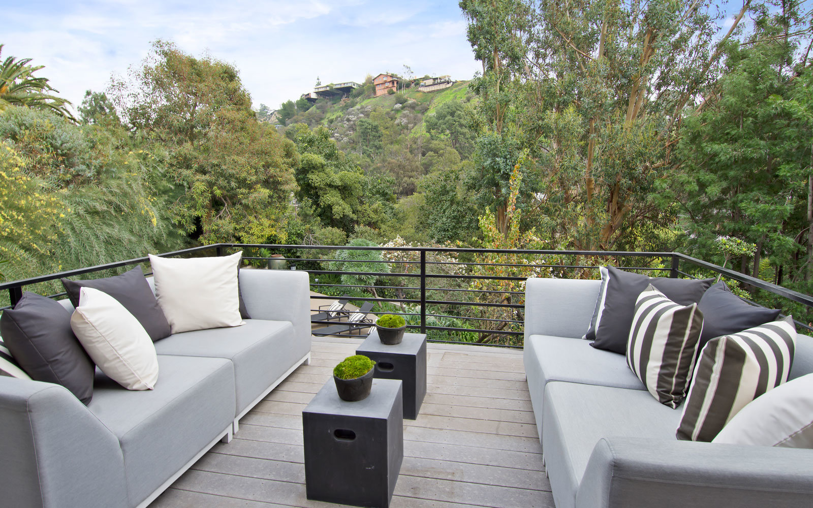 beverly hills rental balcony