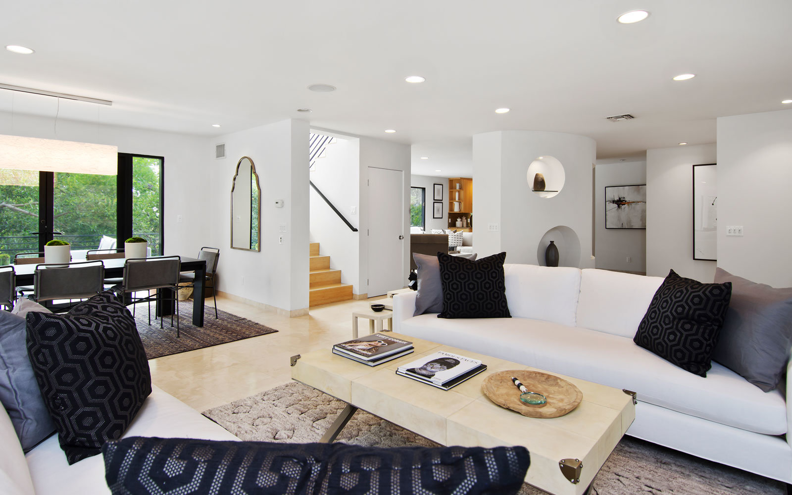 beverly hills rental living room and stairs