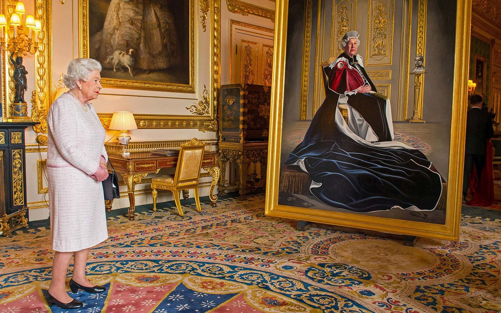 queen elizabeth royal art intern job windsor castle england uk
