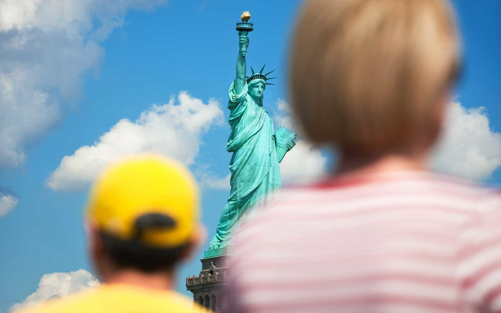 For Couples and Friends: Statue of Liberty and NYC Tourist