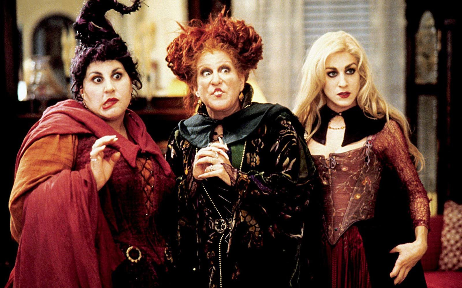 hocus pocus halloween film movie bette Midler sarah jessica parker kathy najimy