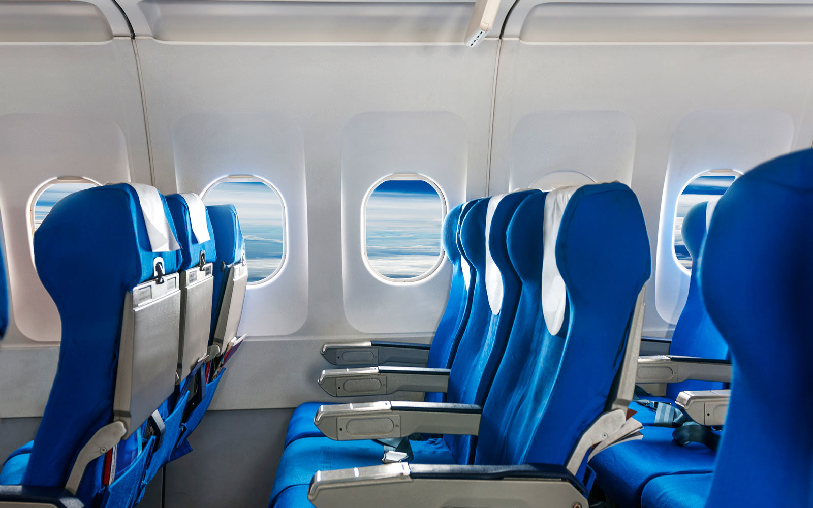 Picking This Seat on a Flight Means You're Selfish ...