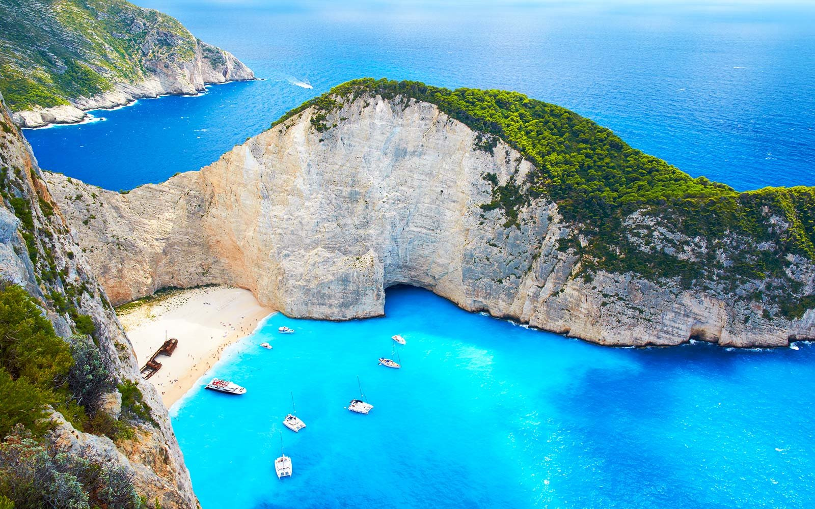 white sand beach navagio shipwreck zakynthos greece