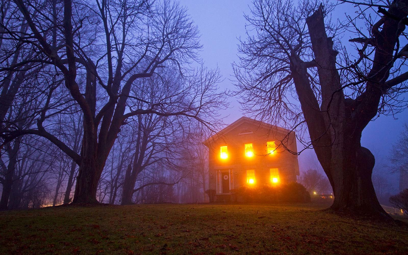 The Most Common Paranormal Beliefs In America From Ghosts