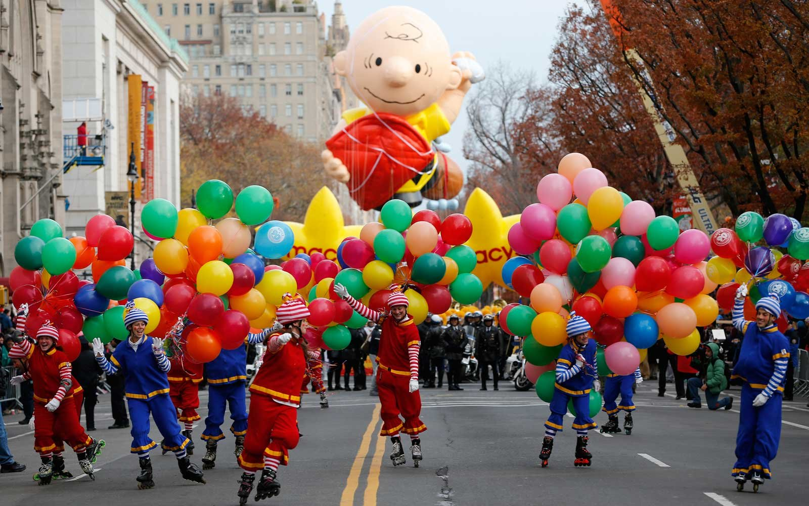 nyc thanksgiving parade viewing party