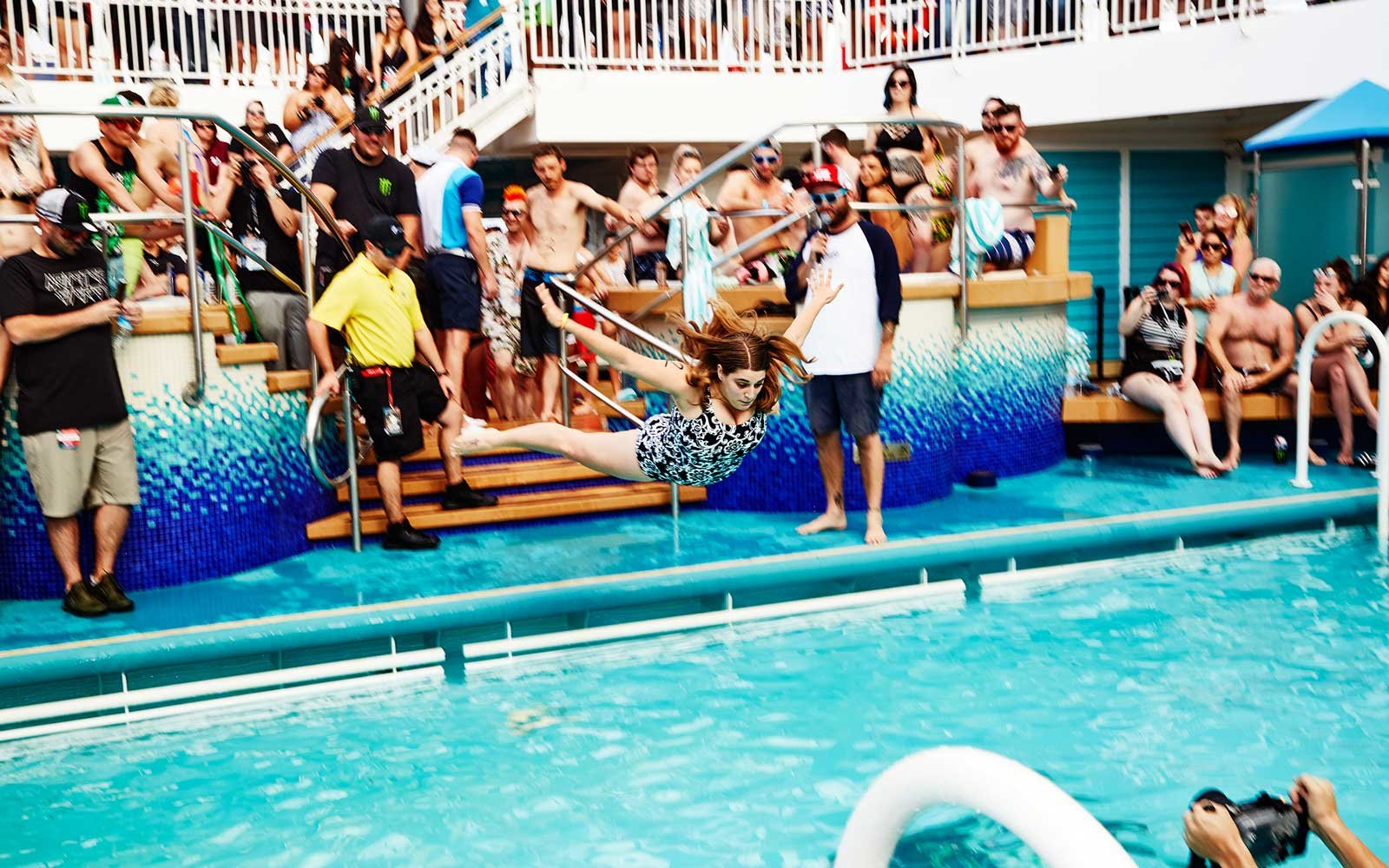 belly-flop-competition-13-VANSCRUISE1117.jpg
