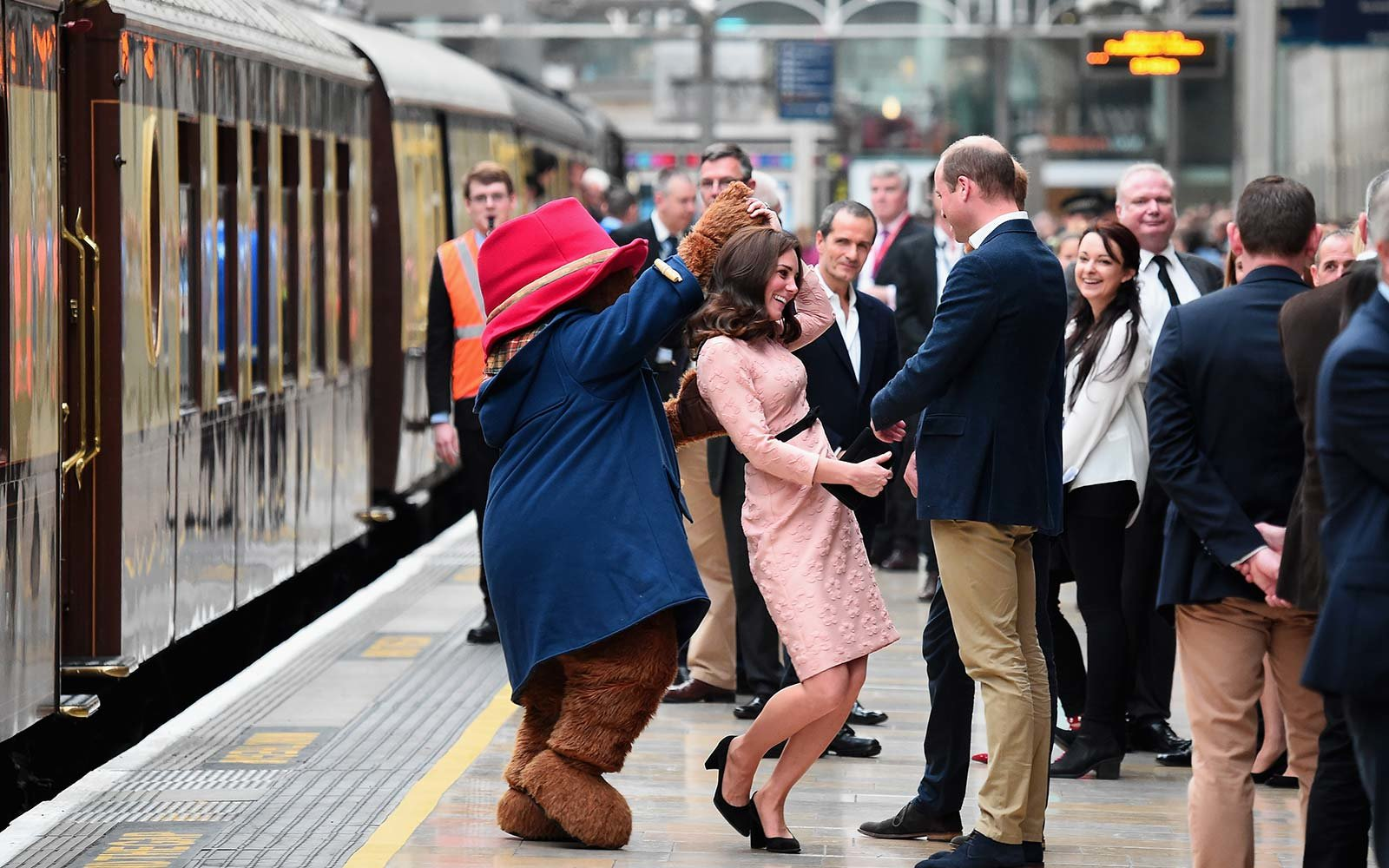 will kate middleton train station uk london