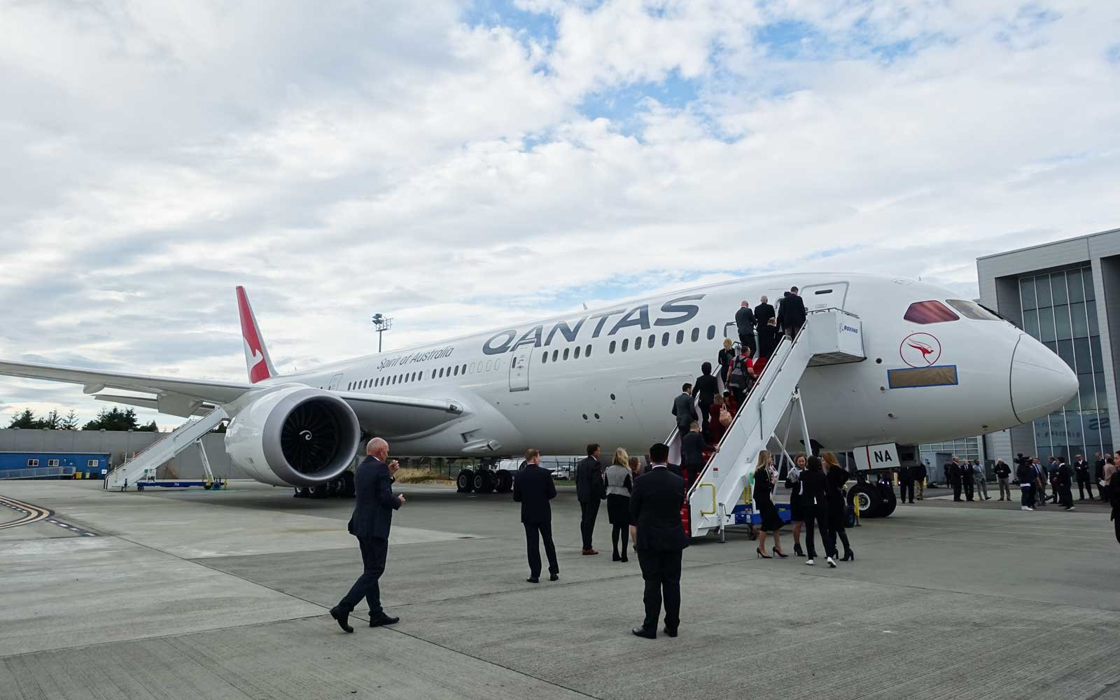 17 Ways Qantas Is Going to Make a 17-hour Flight Comfortable for