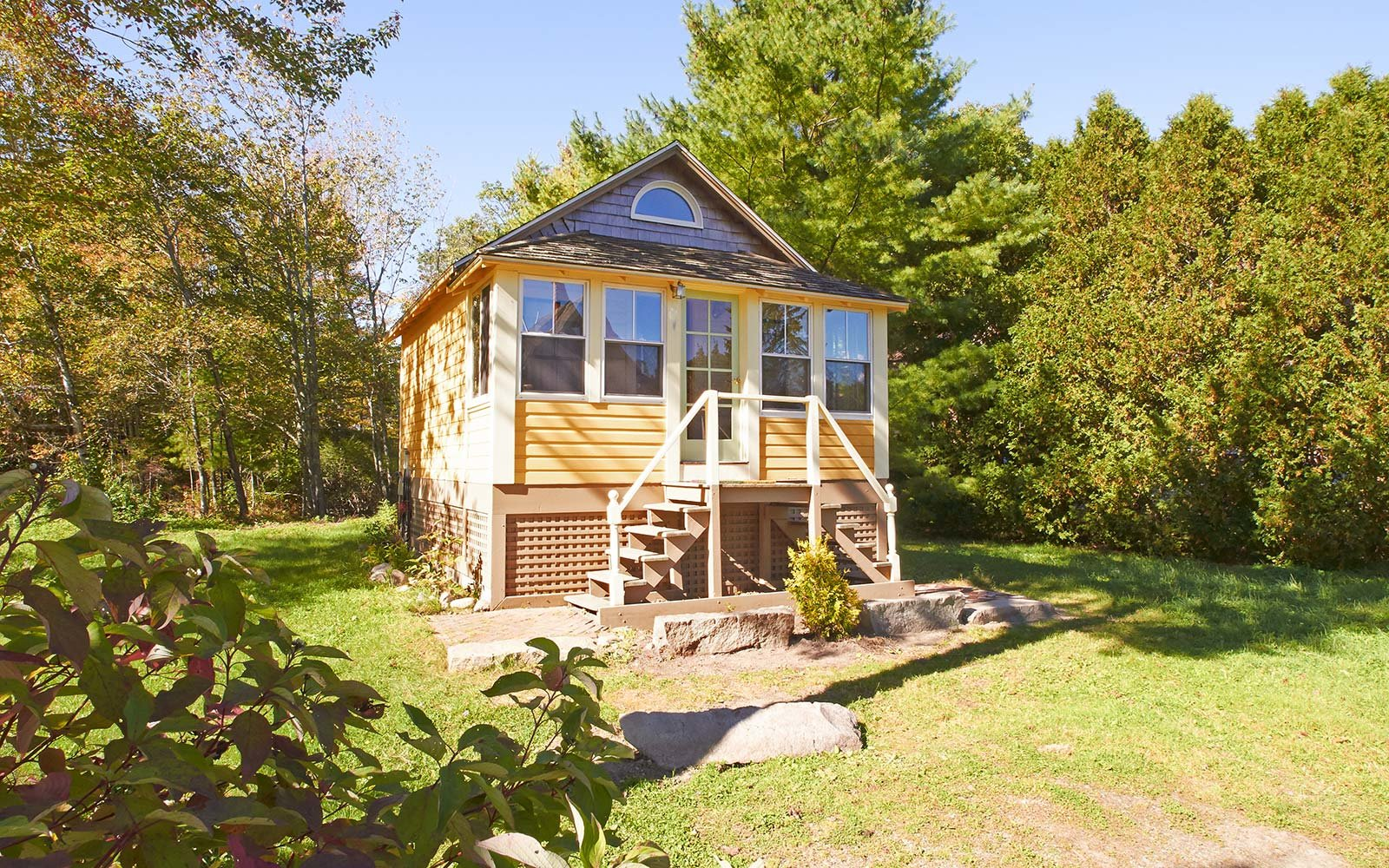 cottage maine airbnb rental