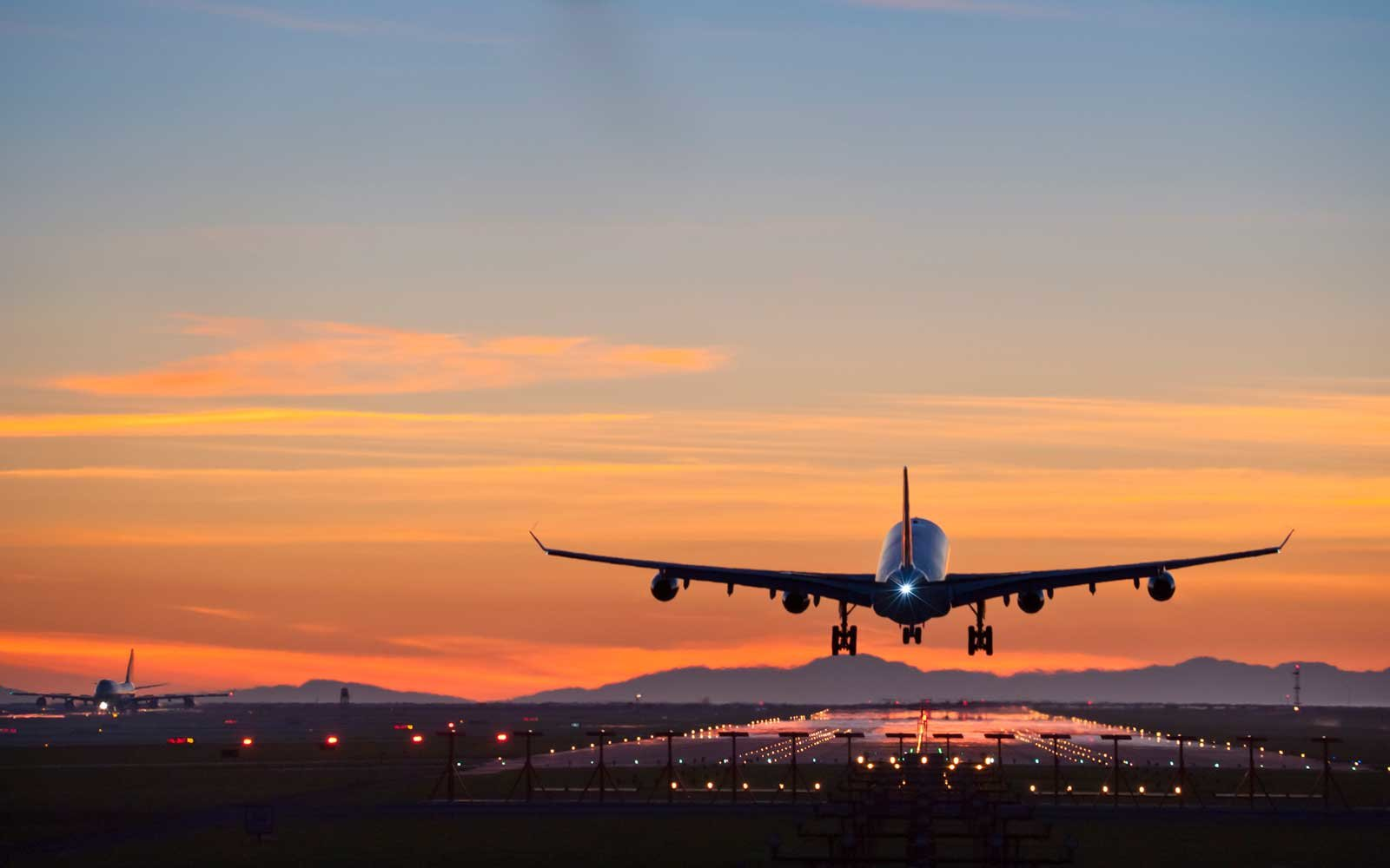 How To Tell If Your Flight Will Be Delayed Travel Leisure