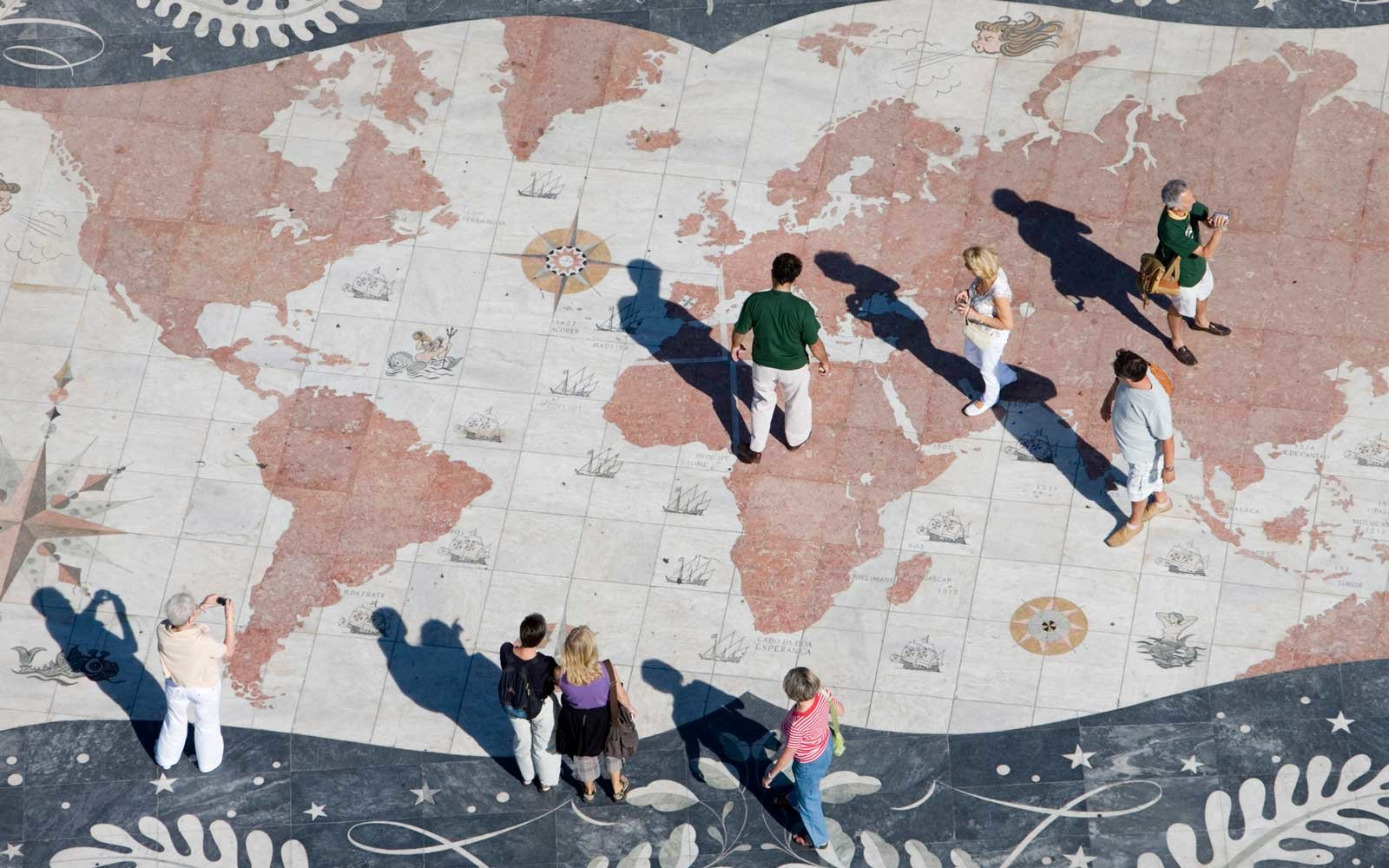 People on the World Mosaic Map