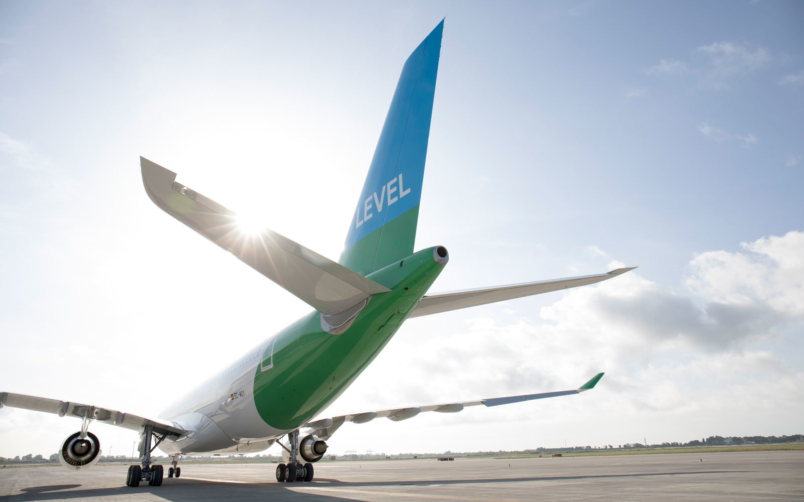 New Budget Airline Will Fly You To Europe For Under 150