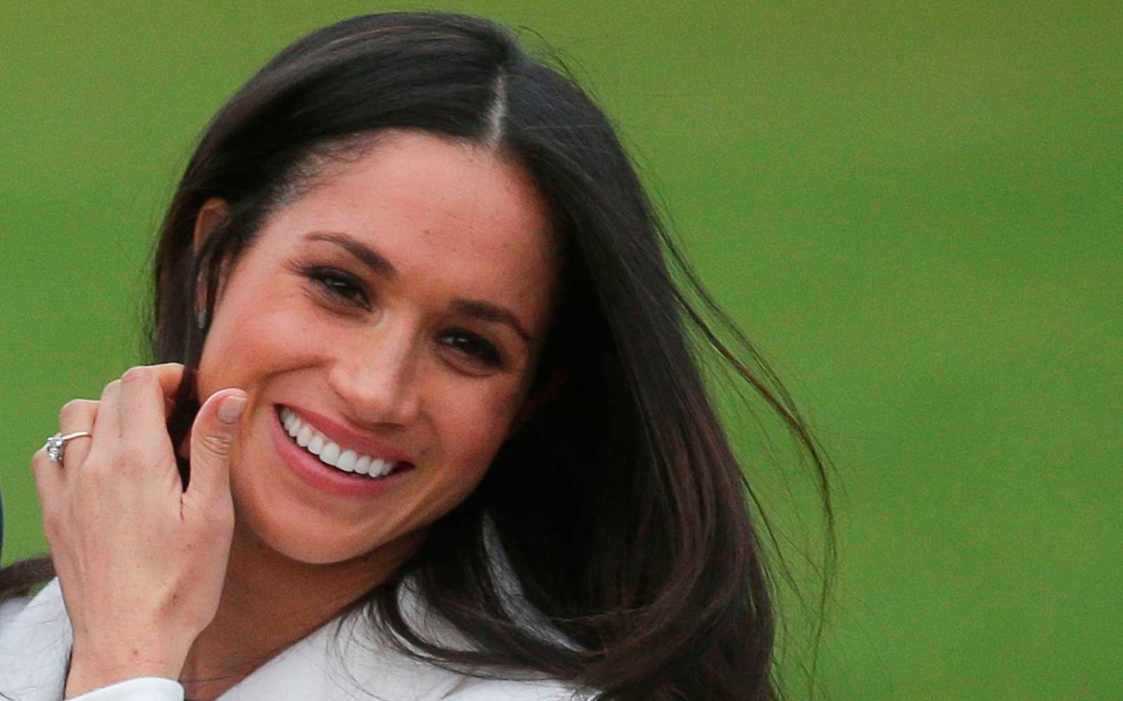 This Photo of 15-year-old Meghan Markle at Buckingham Palace Proves Dreams Do Come True