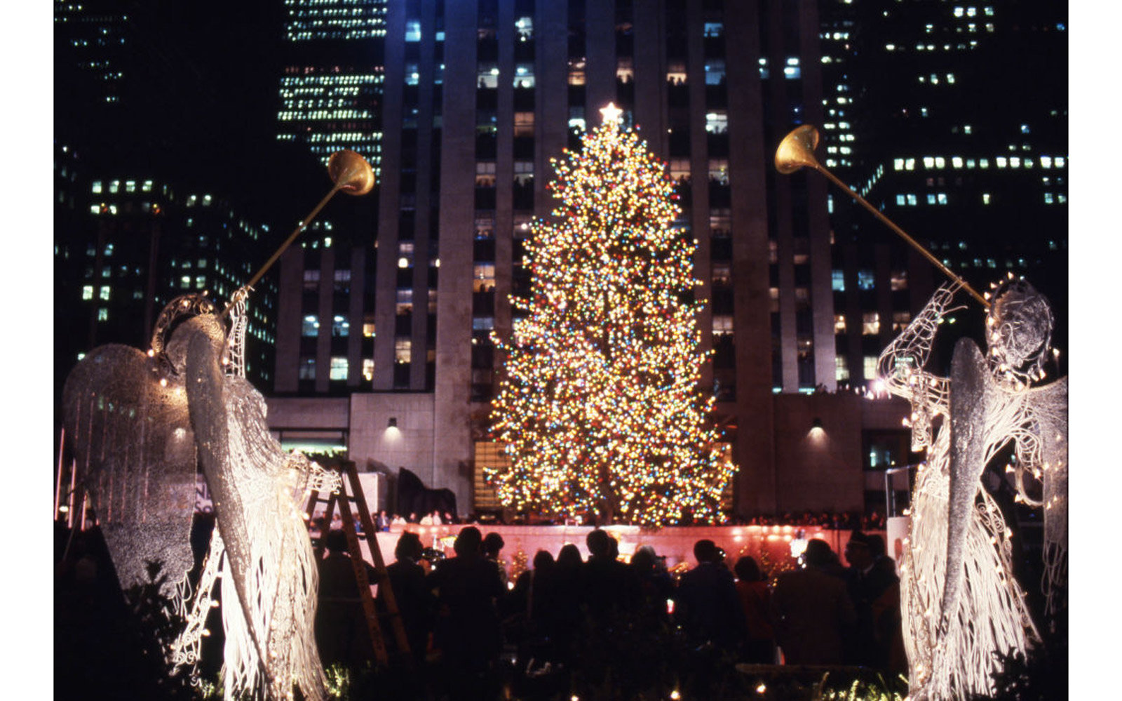 View of the christmas tree at Rockefeller Center in New York City.