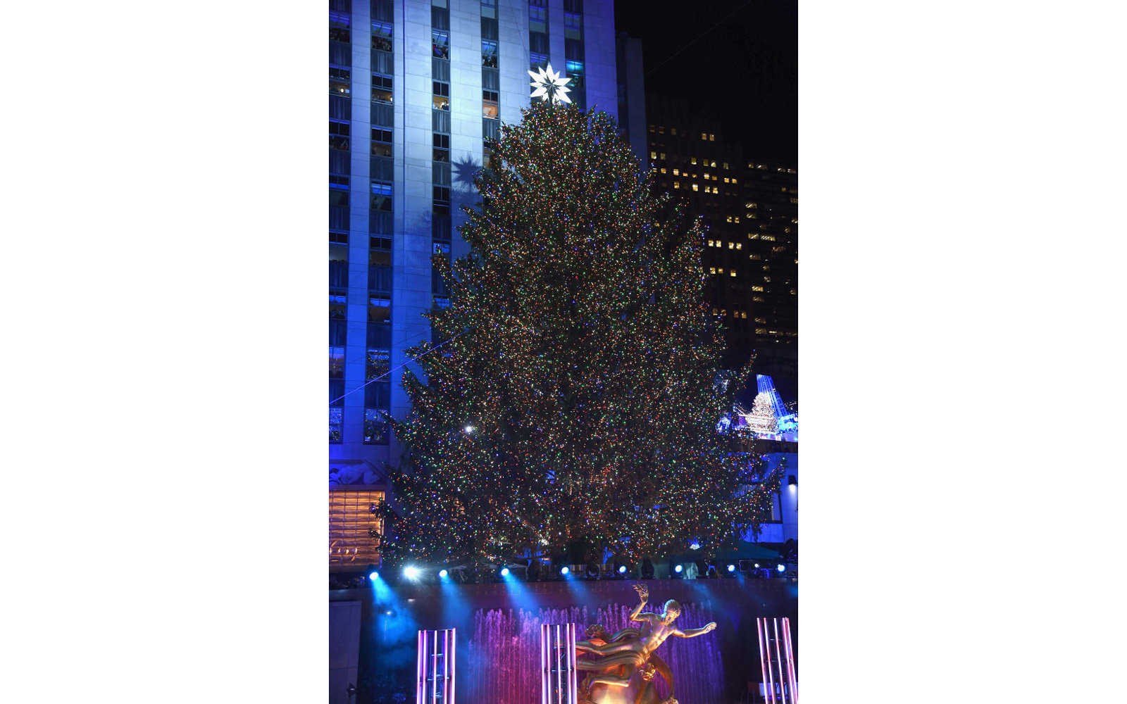 A view of the Christmas Tree at the 85th Rockefeller Center Christmas Tree Lighting Ceremony at Rockefeller Center on November 29, 2017 in New York City