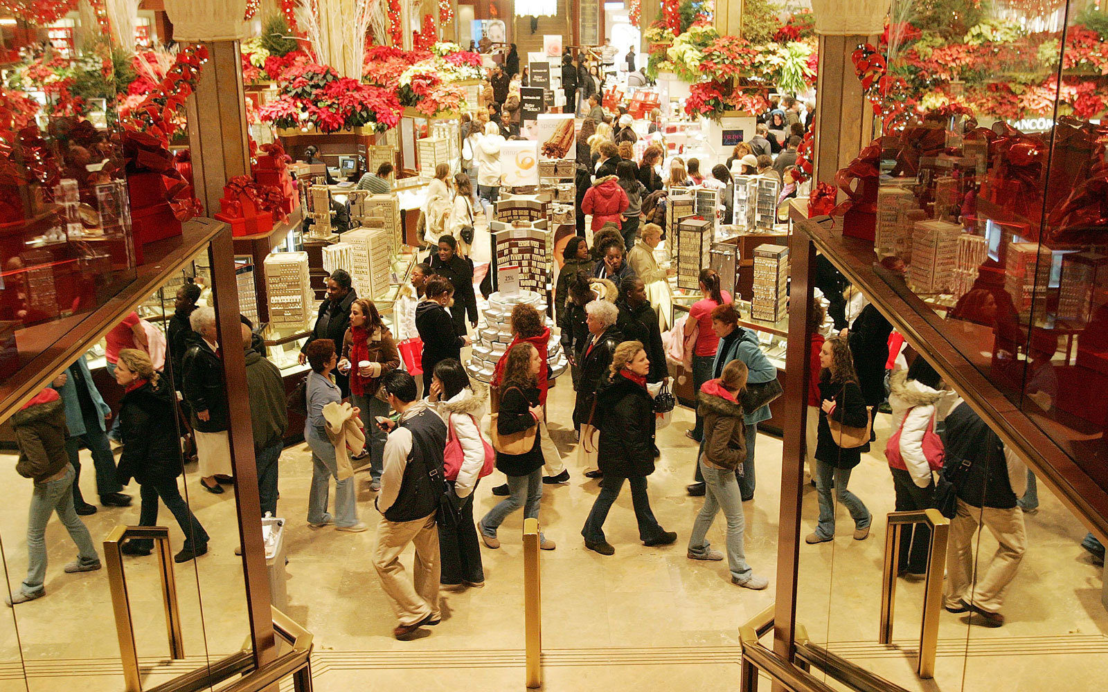 Clothing stores open christmas day