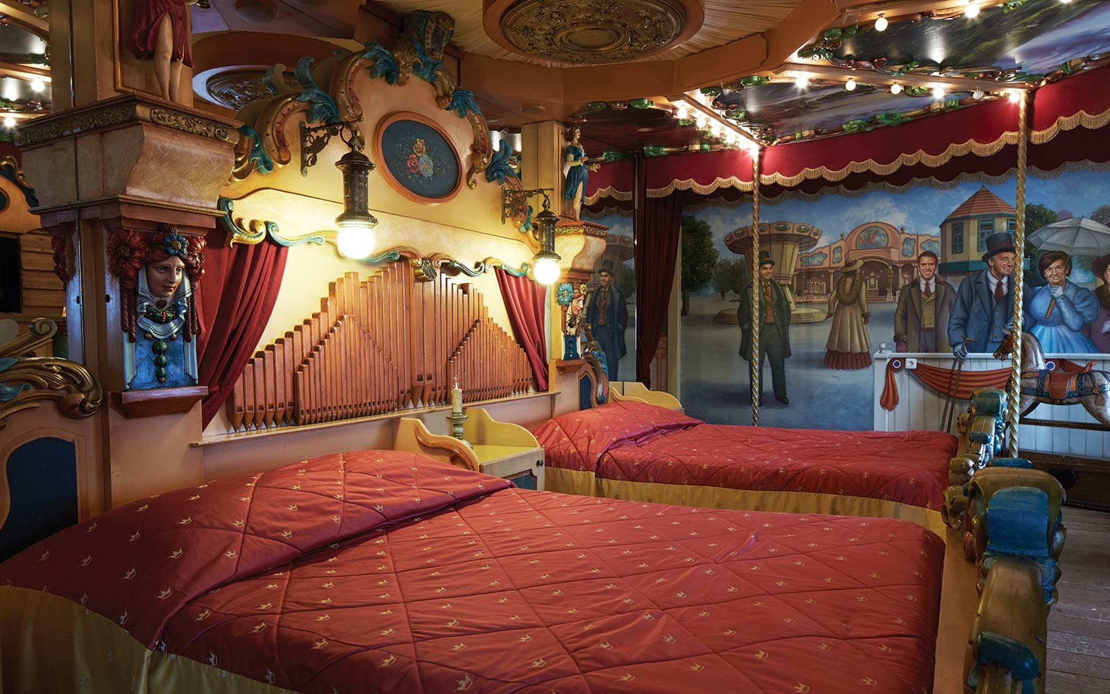 Not your conventional hotel rooms - unusual hotel stays ... |Unusual Hotel Rooms