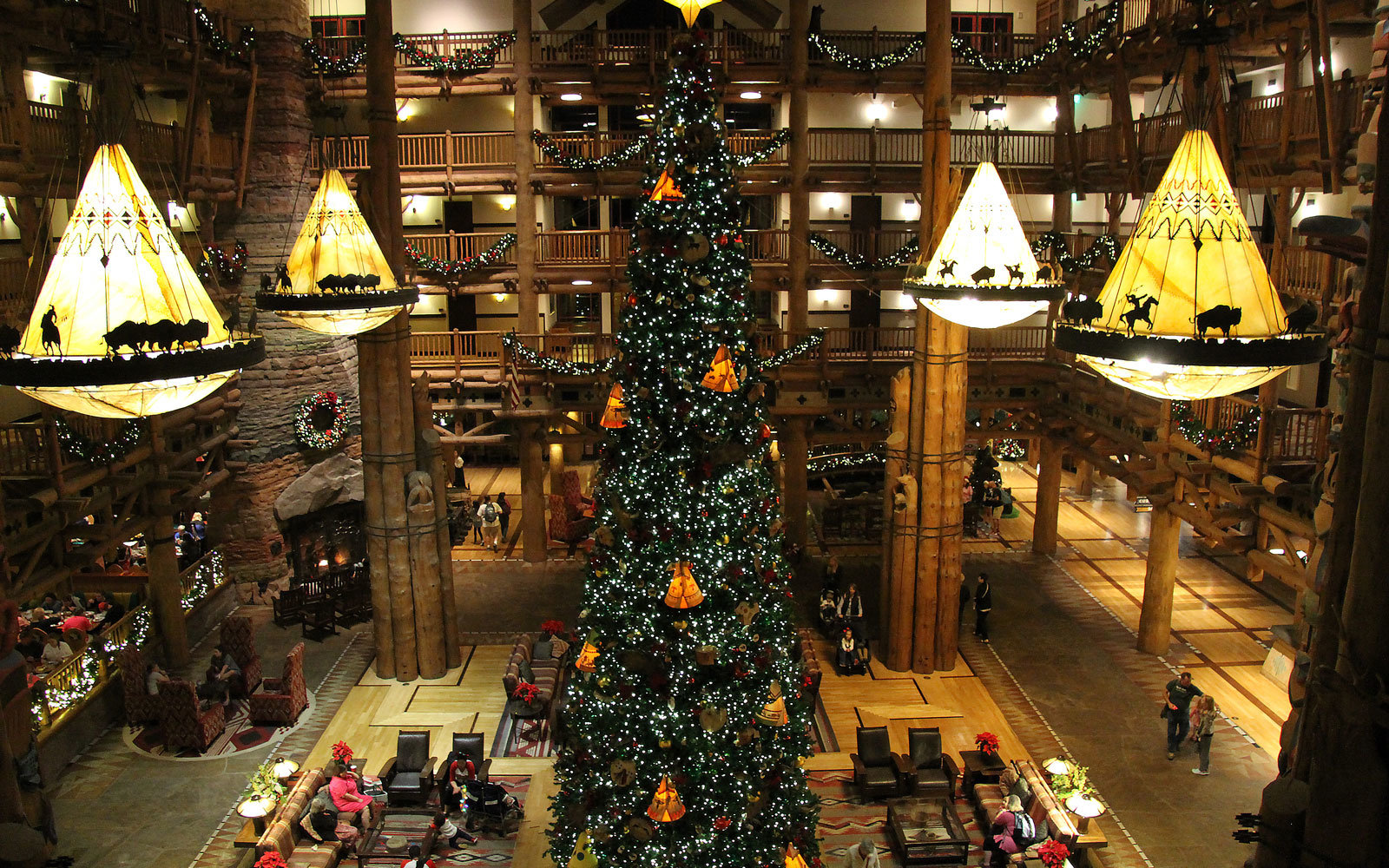 wilderness lodge lobby at christmas