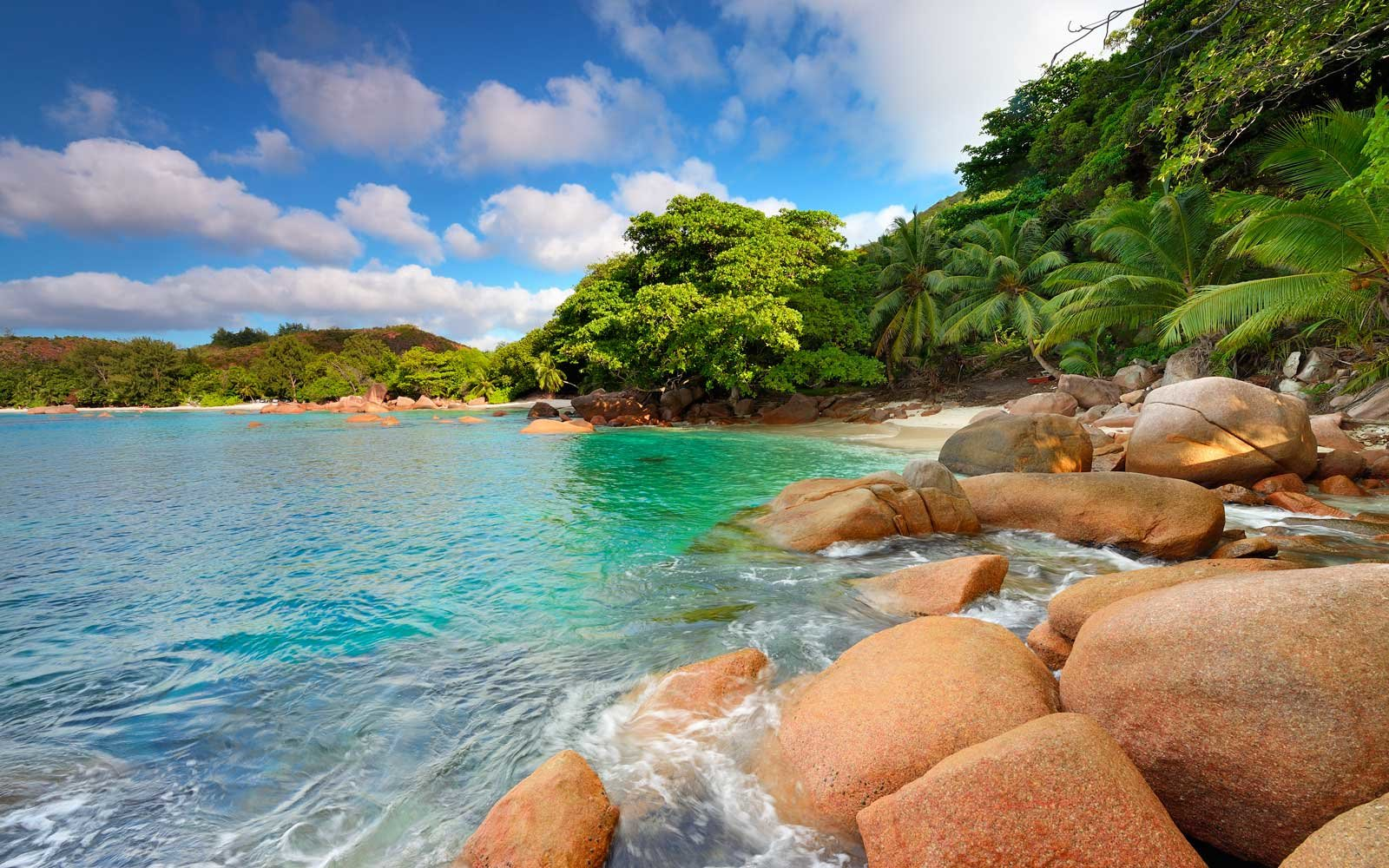 Tropical beach with granite rocks of Anse Lazio, Praslin Island, Seychelles, Indian Ocean, Africa