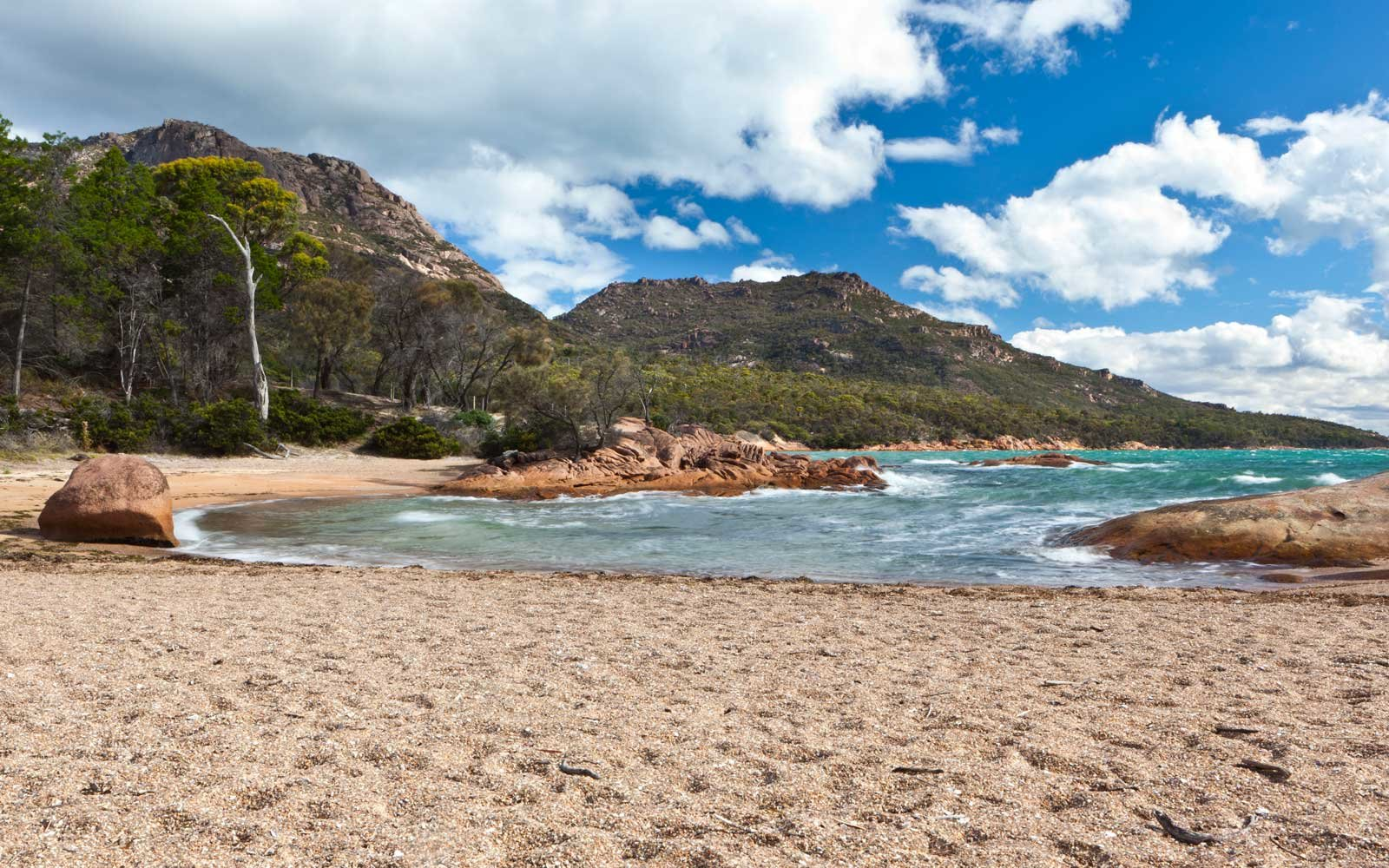 Honeymoon Bay in Tasmania, Australia