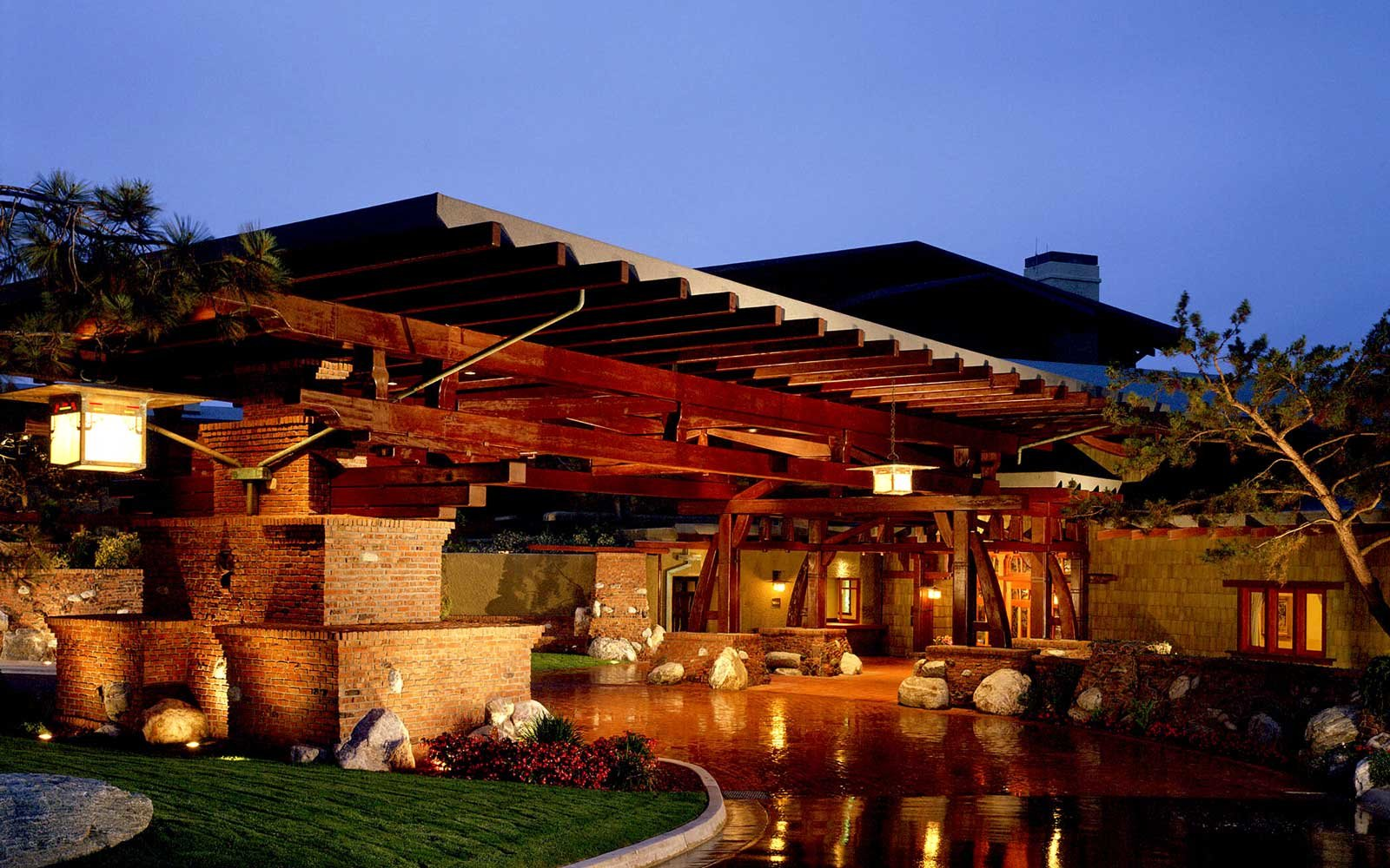 Lodge at Torrey Pines Porte Cochere