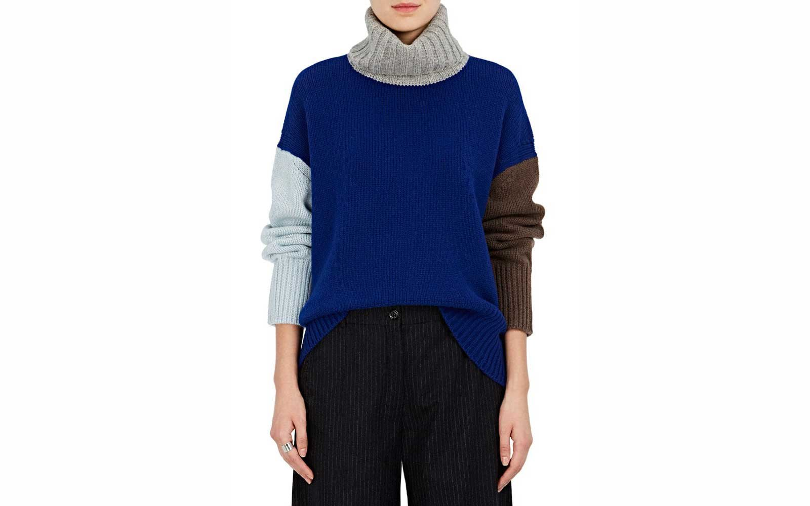 f680a86d366 22 Cute Oversized Sweaters for Women | Travel + Leisure