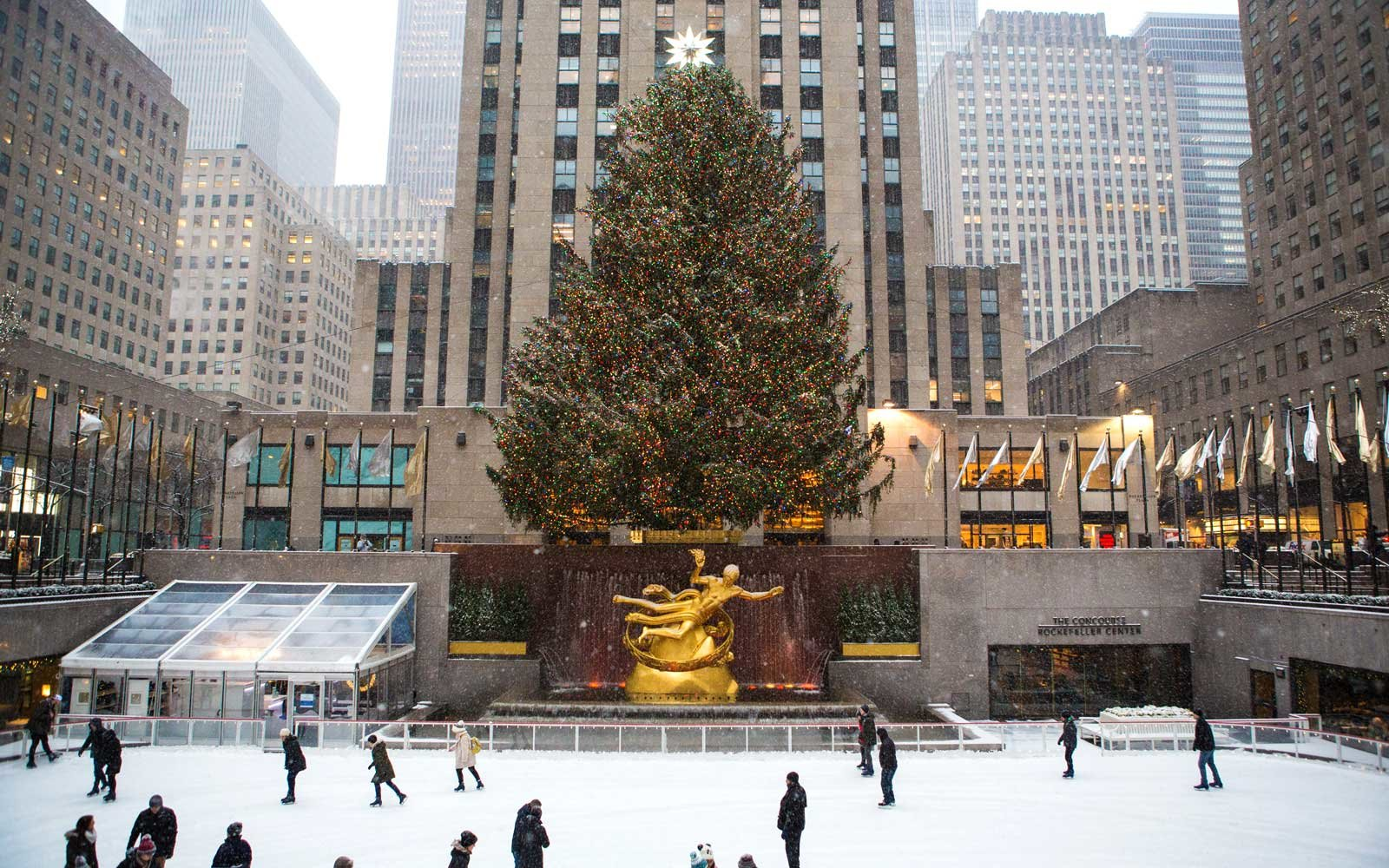 All the Best New York City Christmas Movie Locations | Travel + Leisure