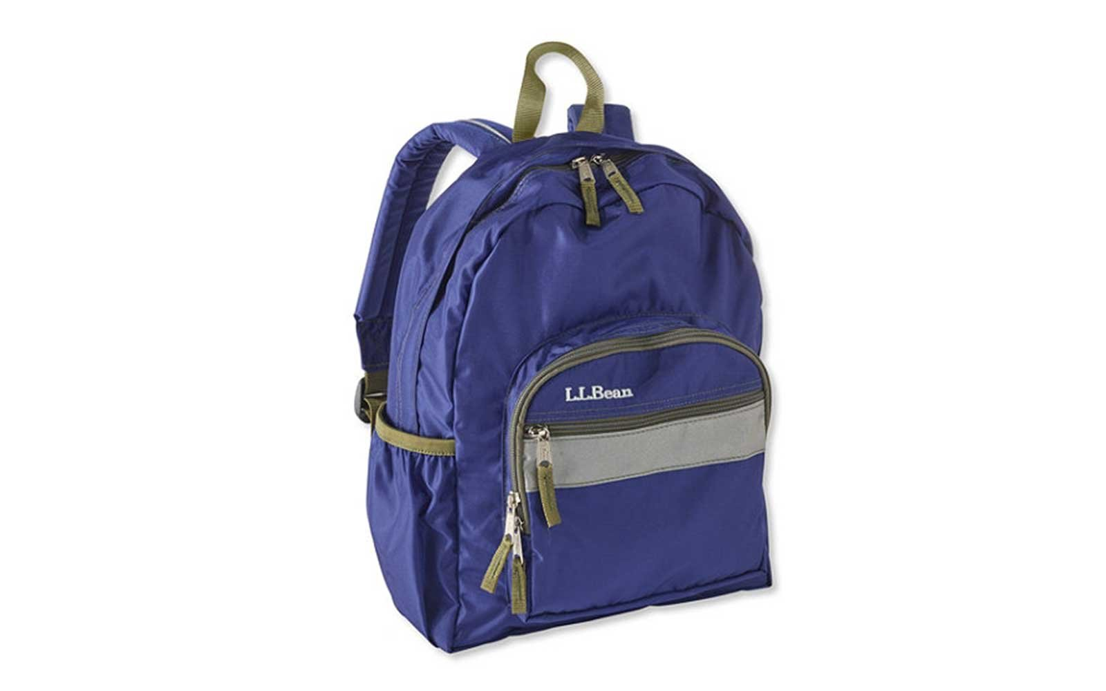 e3eecc7803 11 Cute Kids  Backpacks for Your Next Family Vacation