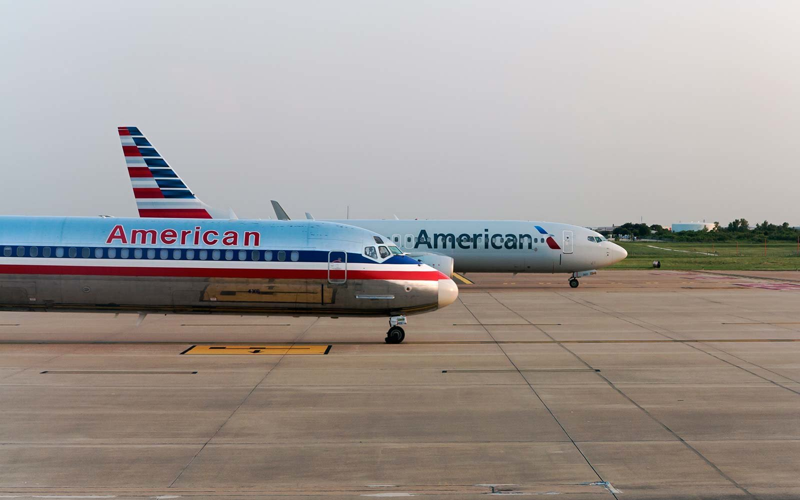 American Airlines Apologizes for Kicking 2 Basketball