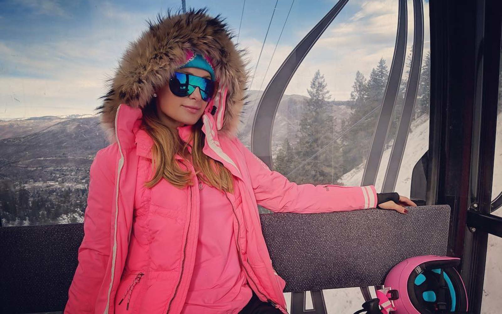Paris Hilton Ski Vacation Holidays Aspen Colorado