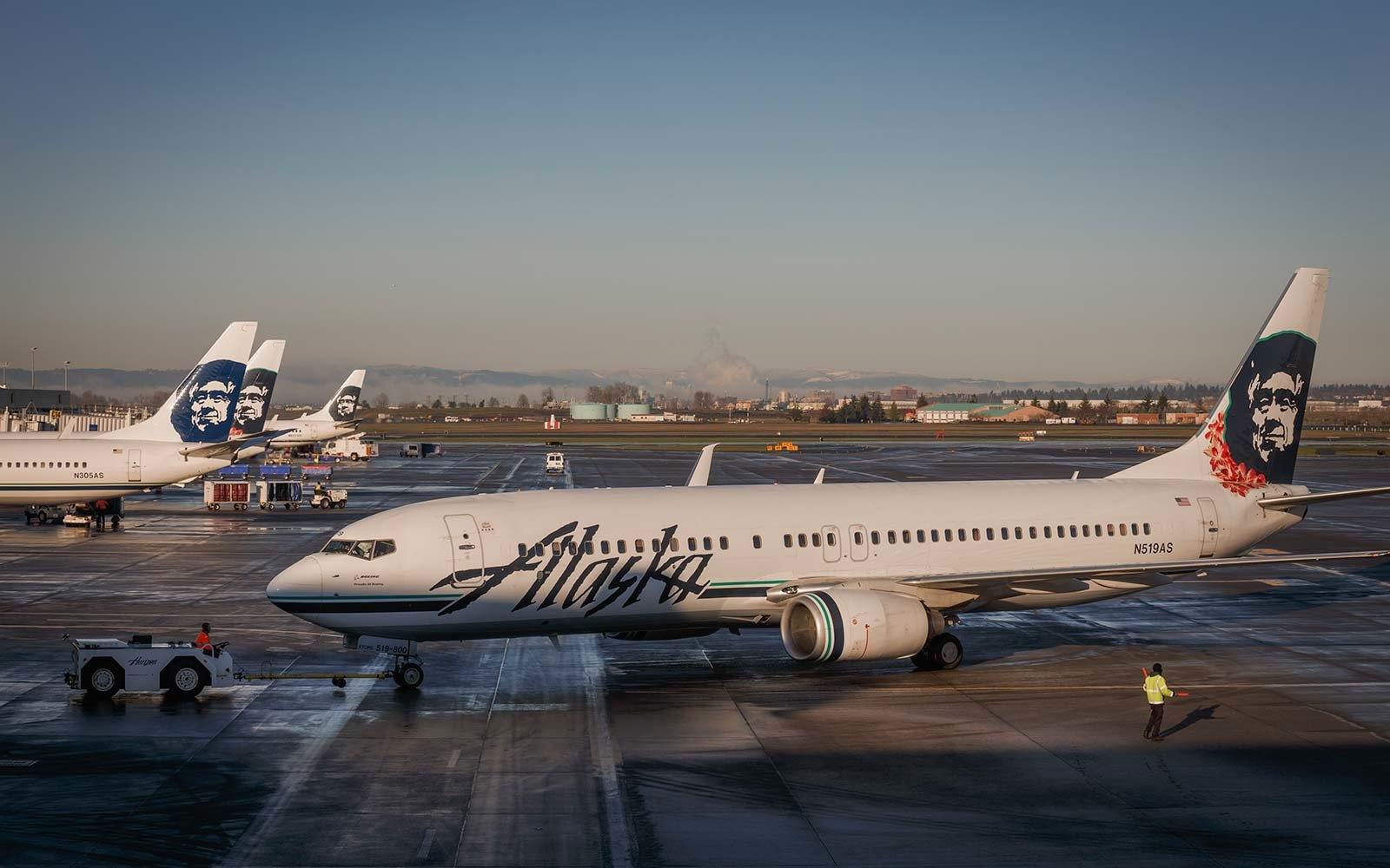 Man accused of groping flight attendant claims reverse for Alaska airlines vacations all inclusive
