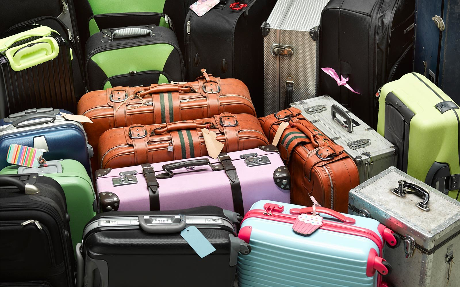 even more airlines are about to start banning smart bags. Black Bedroom Furniture Sets. Home Design Ideas