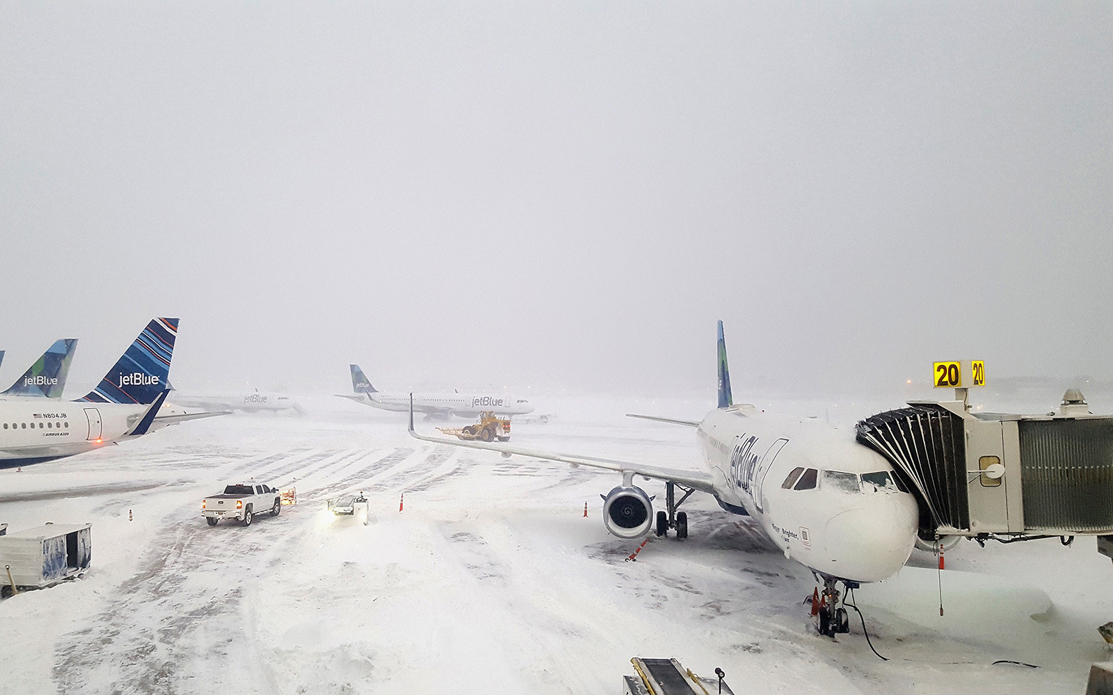Planes Collide At Jfk Airport Leading To Even More Delays