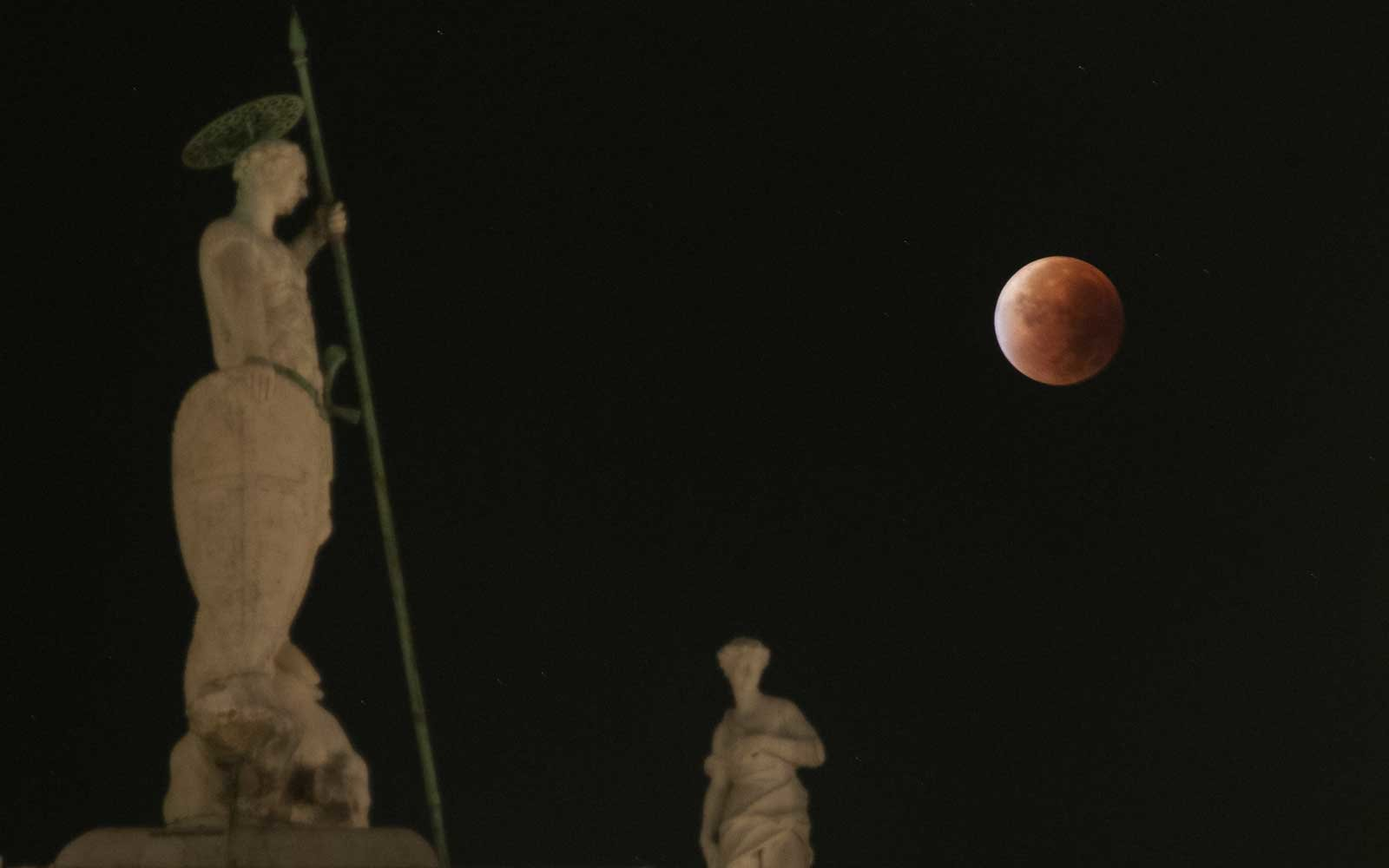 Italy -  Blood Moon  in Venice