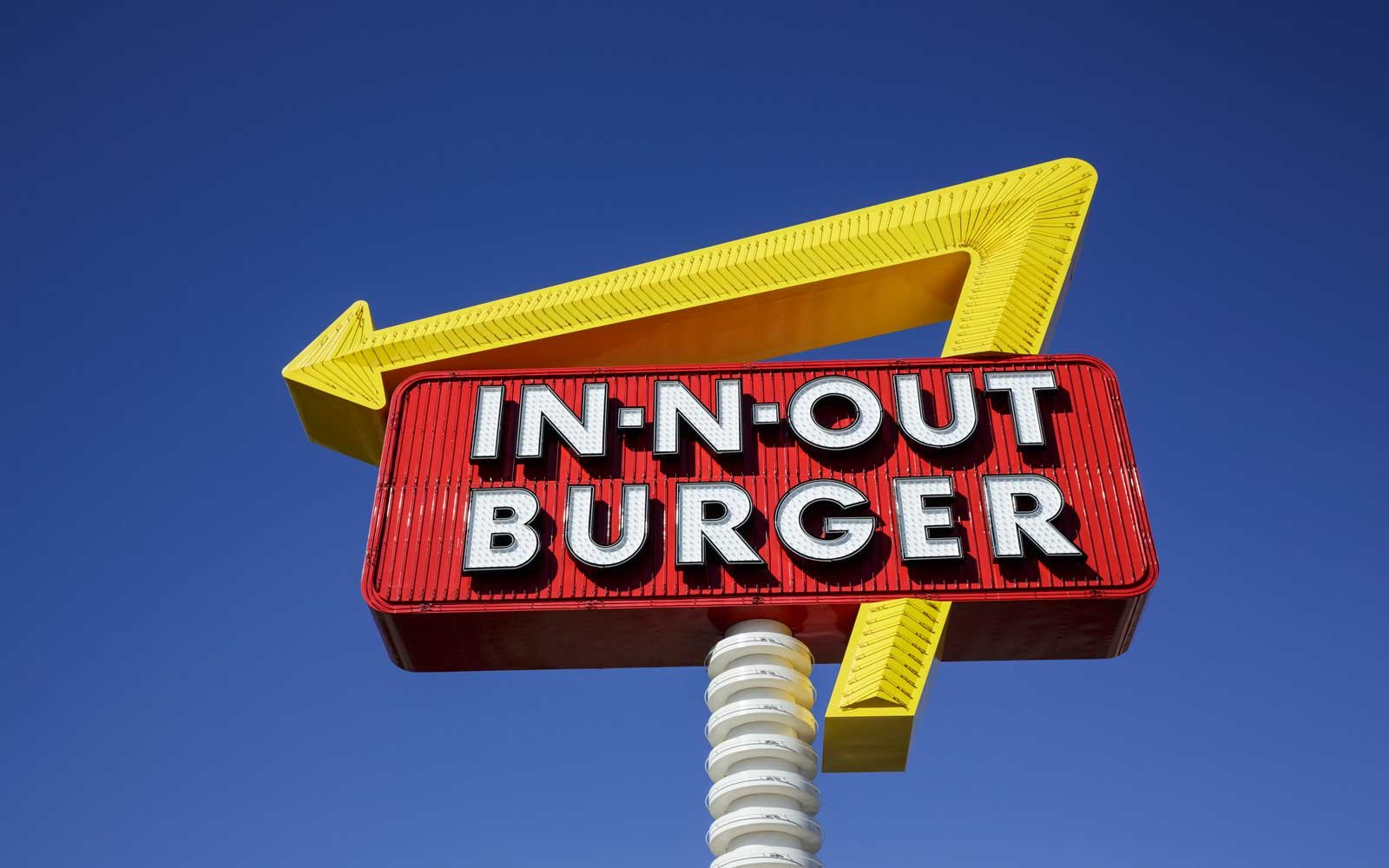 How In N Out Employees Are Making Six Figure Salaries