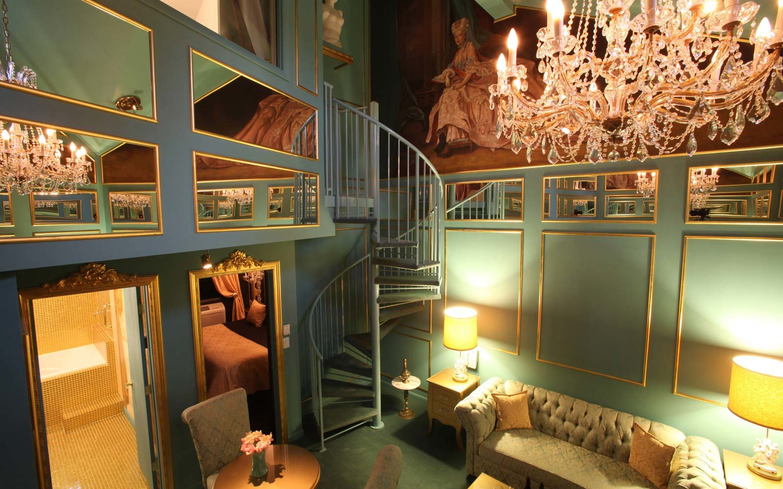 20 Amazing Hotel Rooms Inspired By Your Favorite Film And
