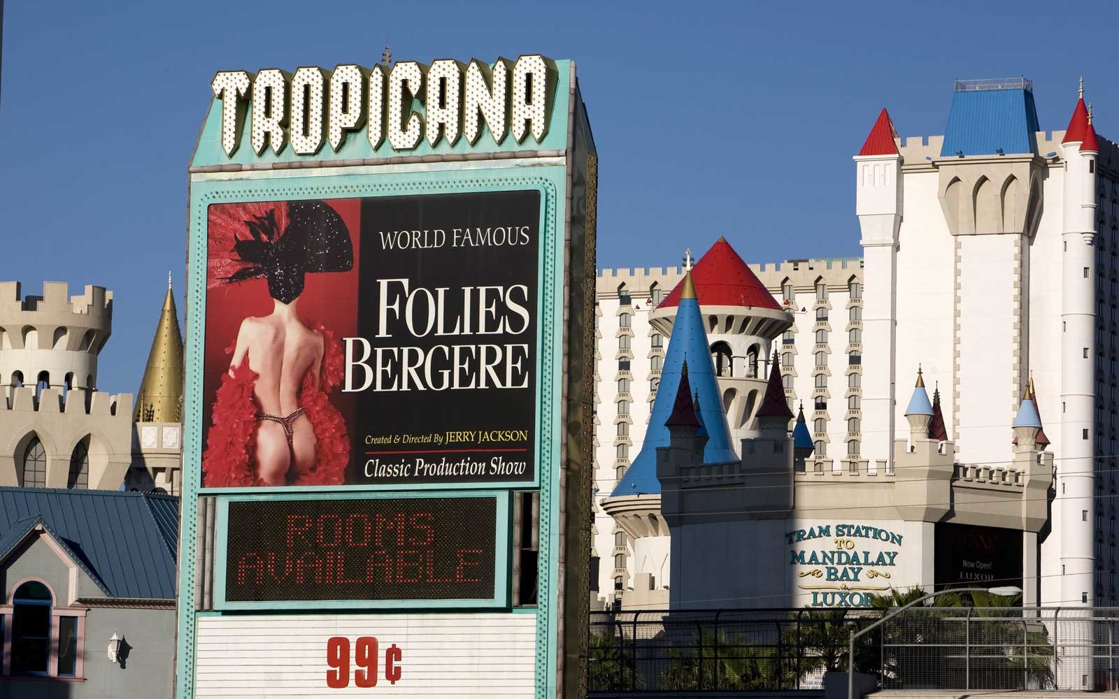Meth lab catches fire inside Tropicana Casino hotel room