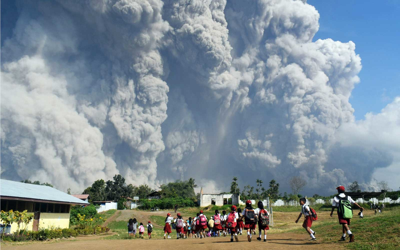 Mount Sinabung Volcano Latest News On The Eruption