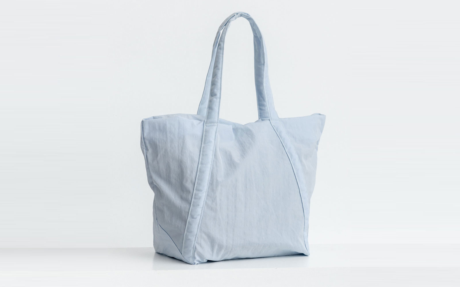 The Best Travel Tote Bags   Travel + Leisure