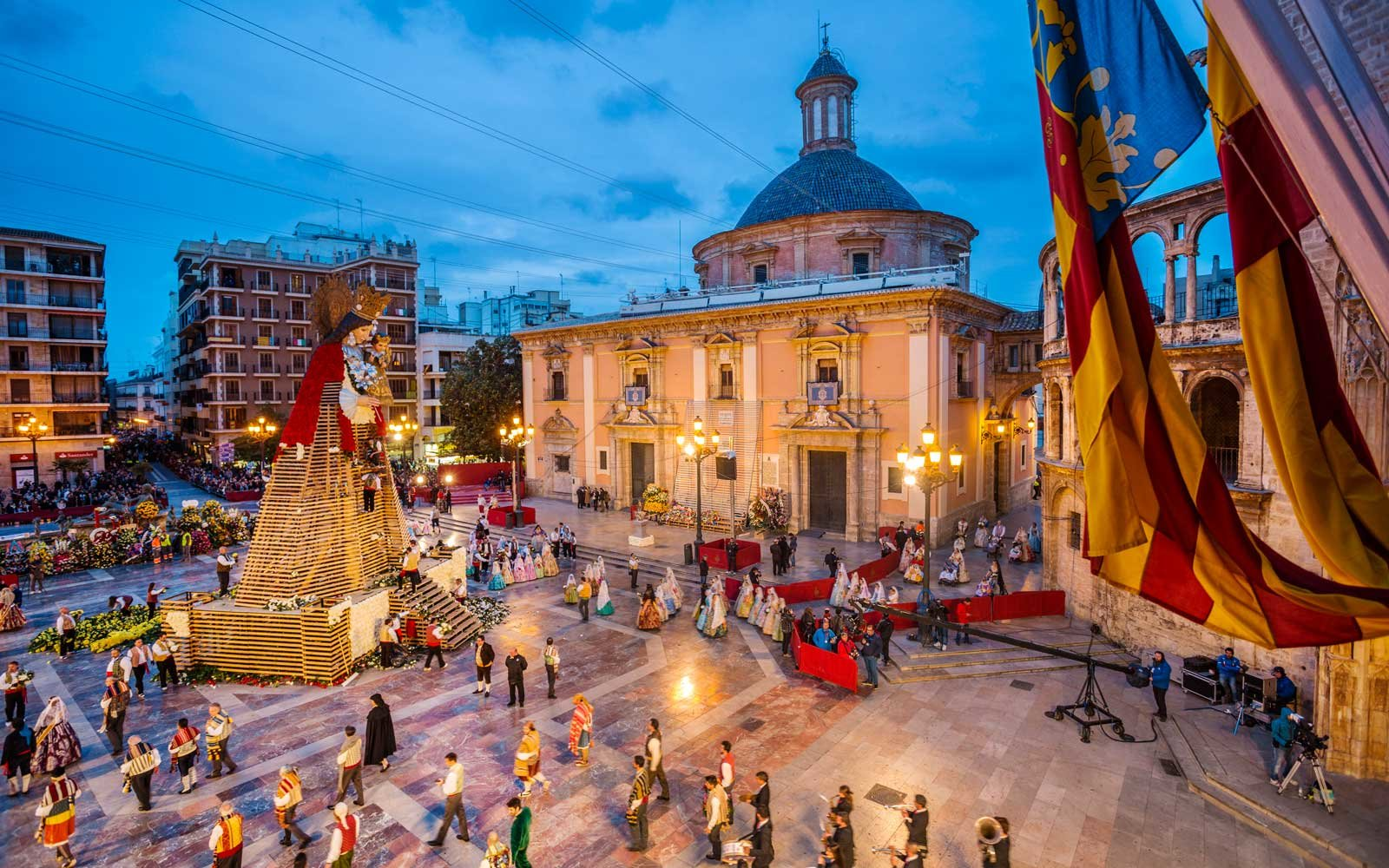Cool places to visit in europe in april