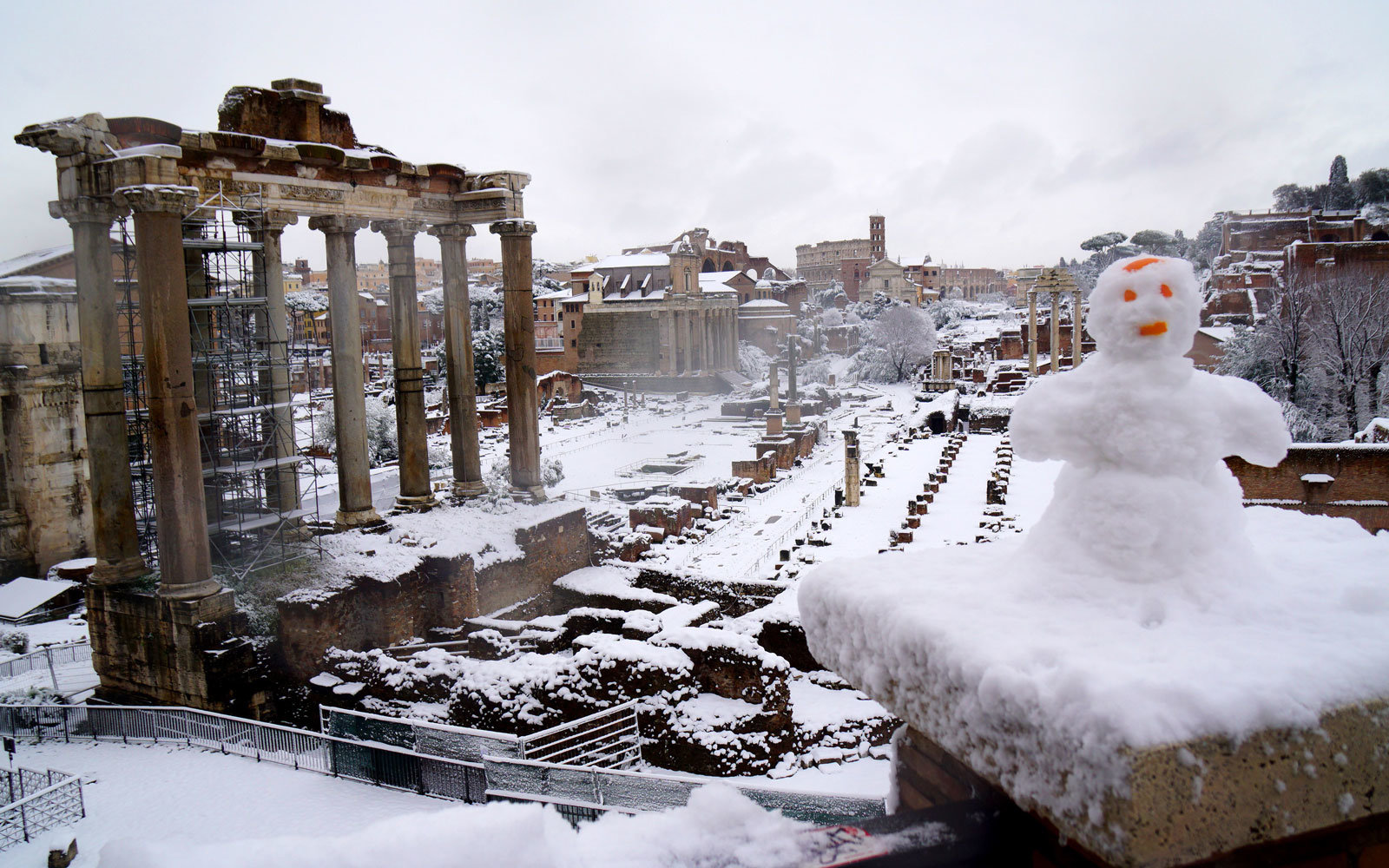 Rome After a Rare Snowfall Looks Like a Winter Wonderland ...