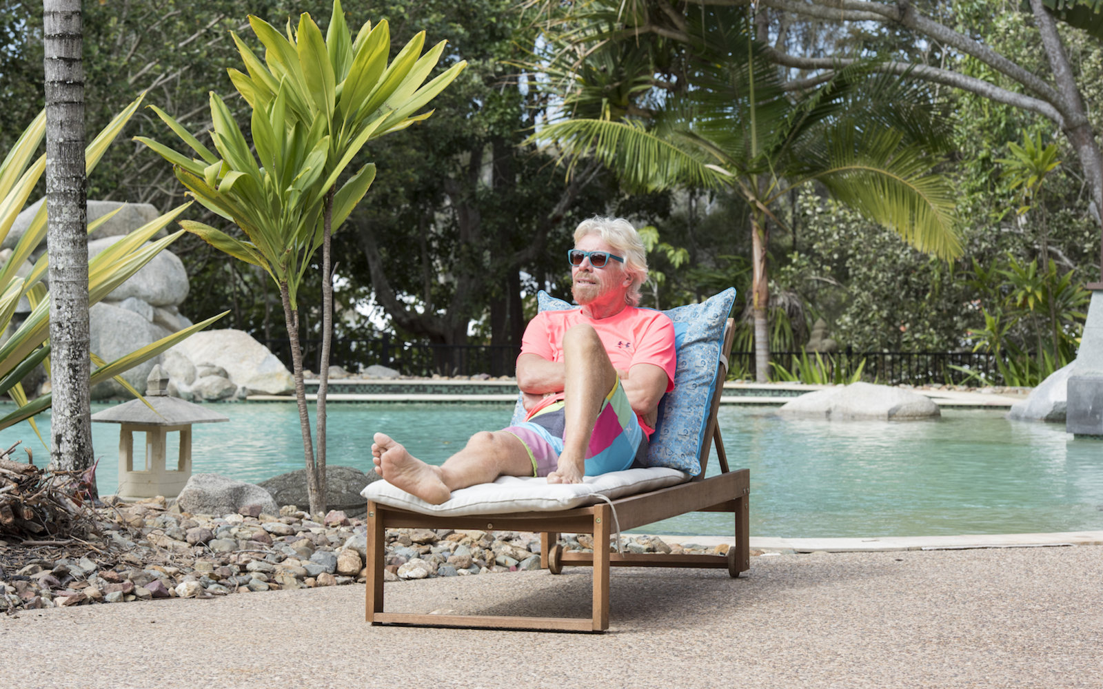 Richard Branson Is Hiring an Assistant to Work on His ...