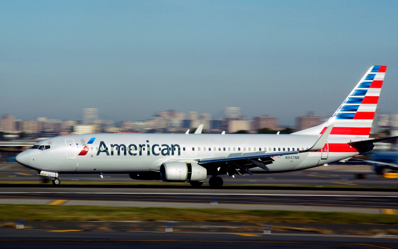 American Airlines Boeing 737 Airplane