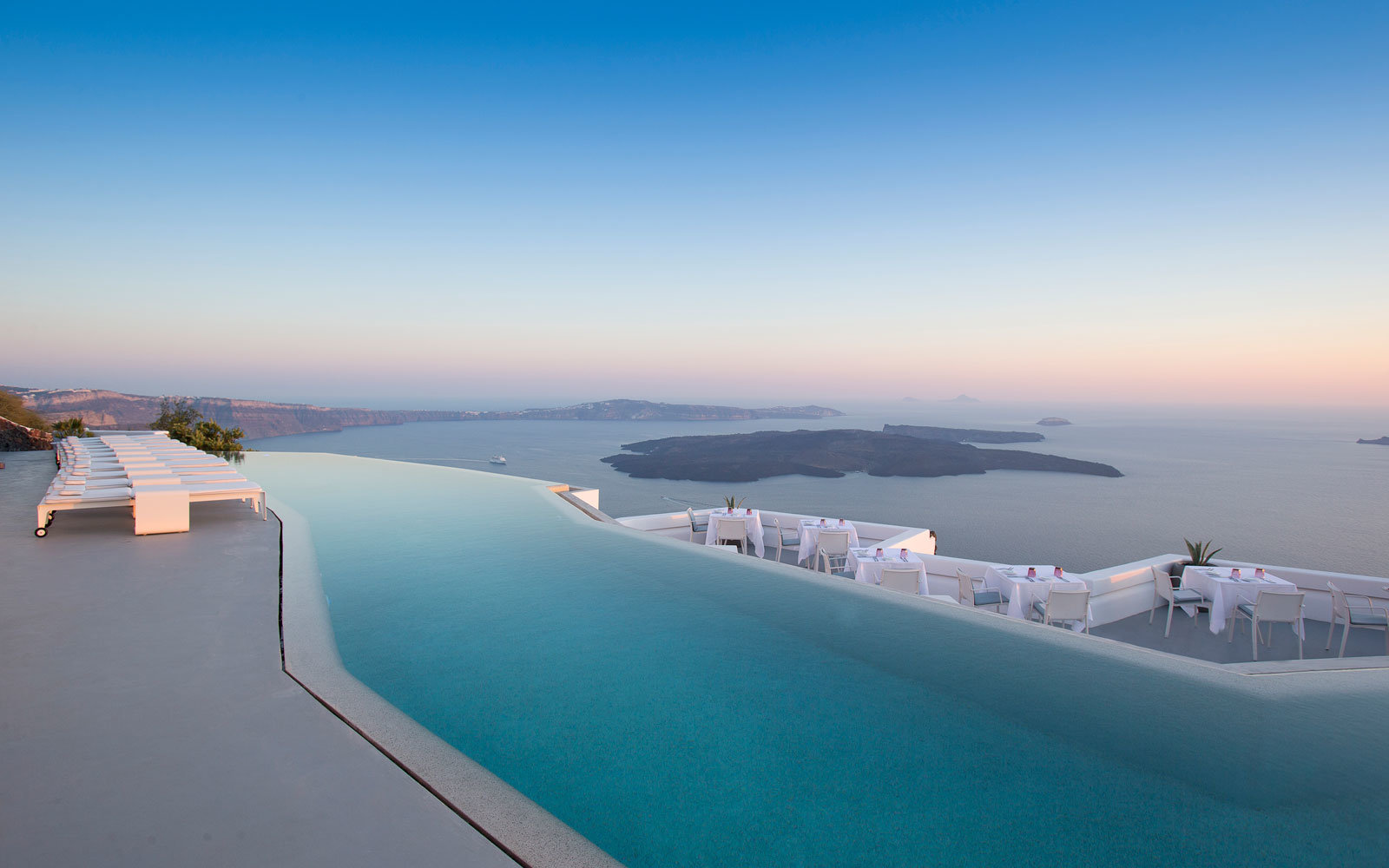 The Grace Hotel Santorini